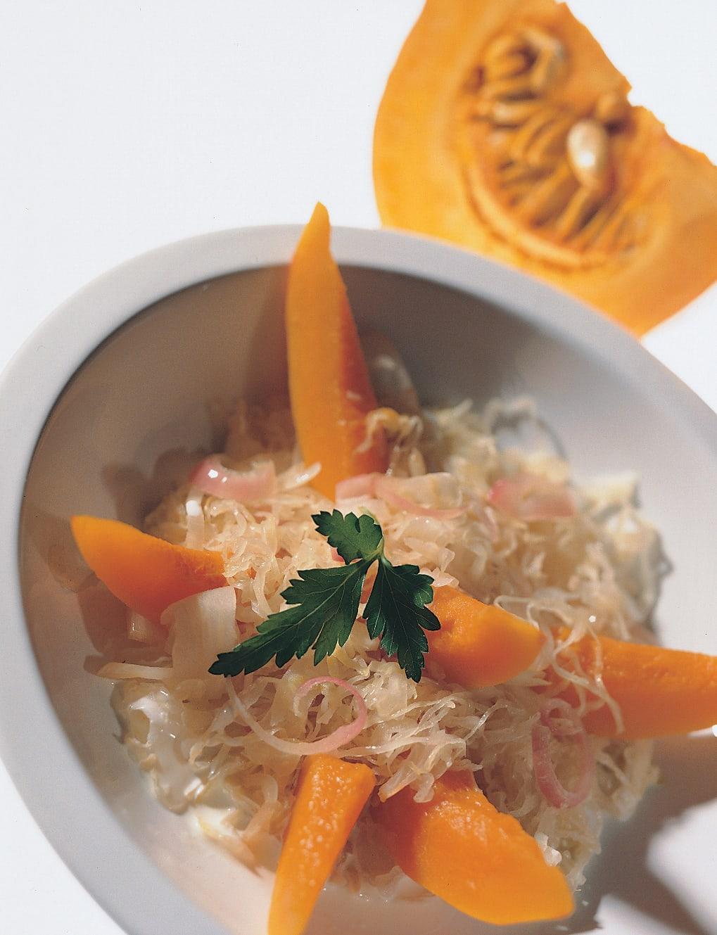 Kürbis im Rahm-Sauerkraut