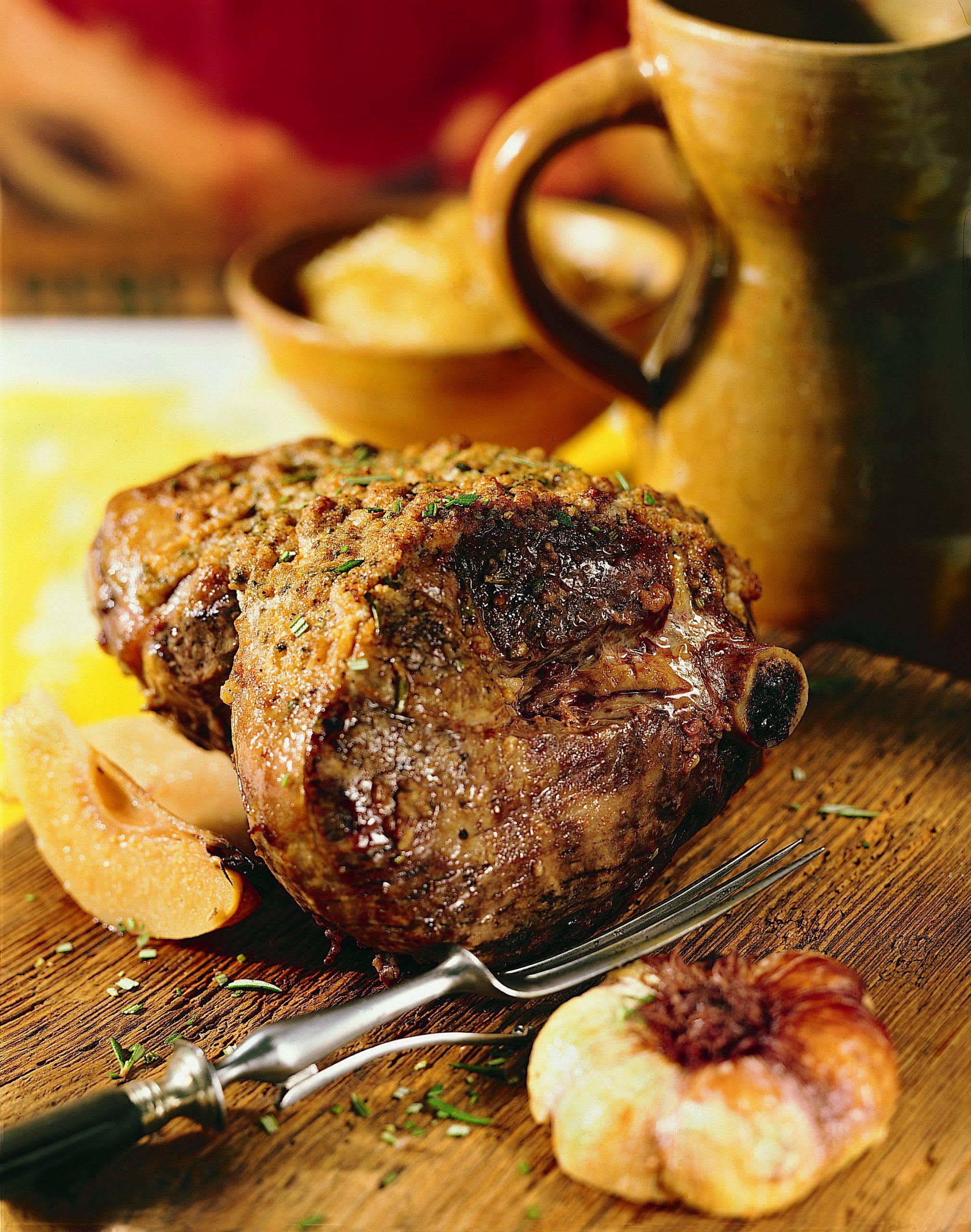Gigot d'agneau et aïoli aux coings (Cordero asado con aioli de membrillo)
