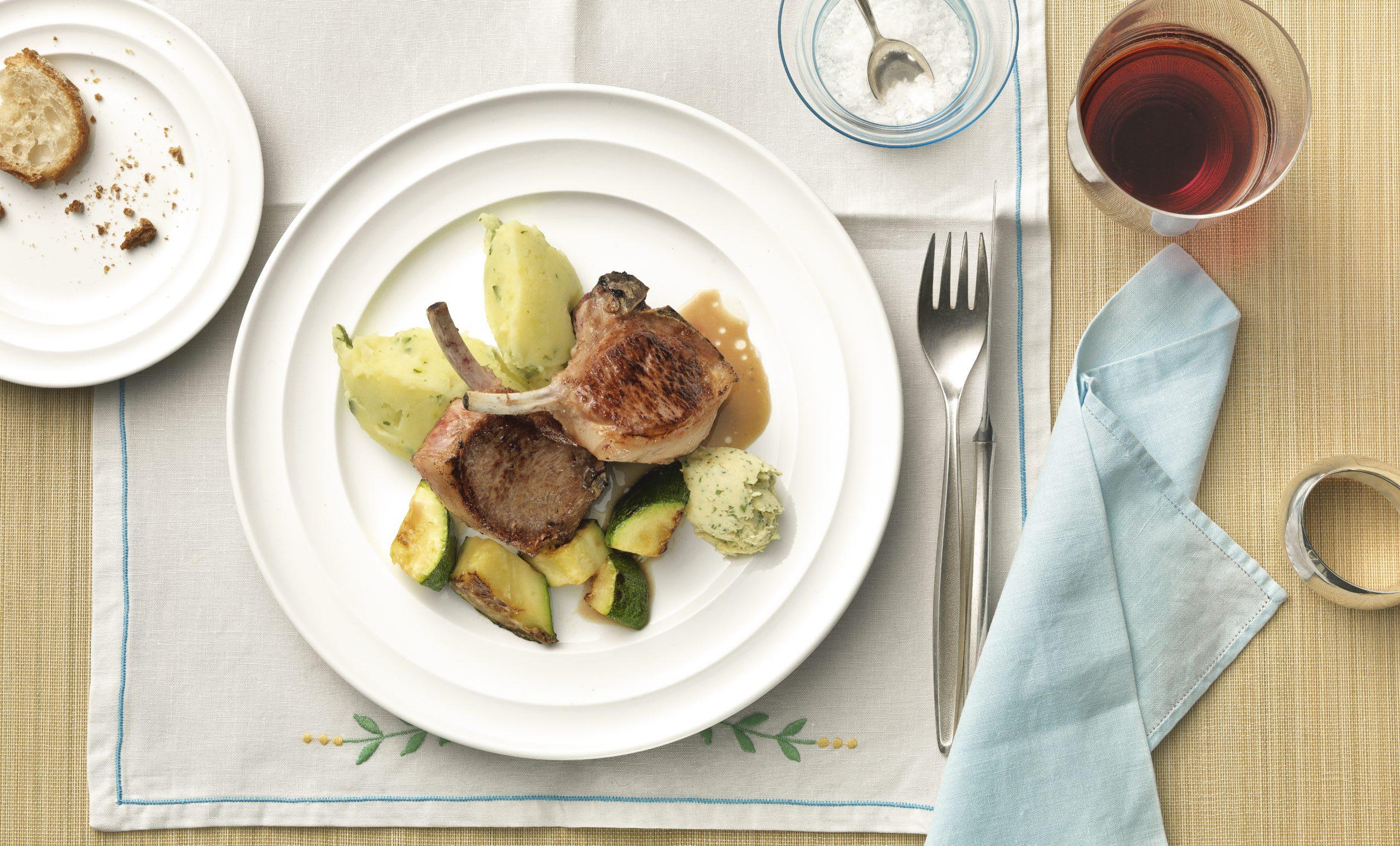 Lammkoteletts mit Zucchini-Kartoffelstock