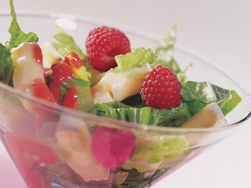 Salade de laitue aux framboises