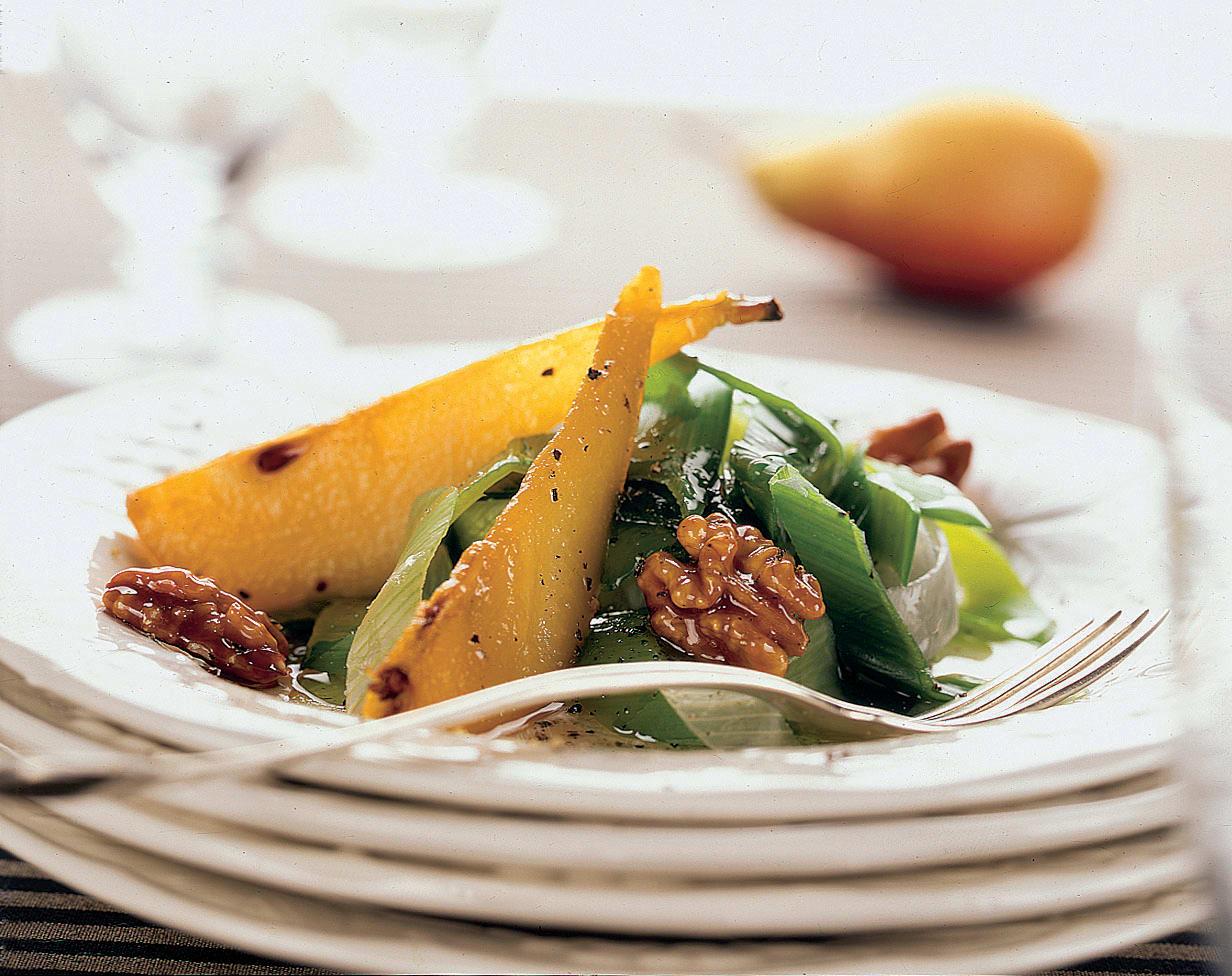 Poires et poireaux en salade