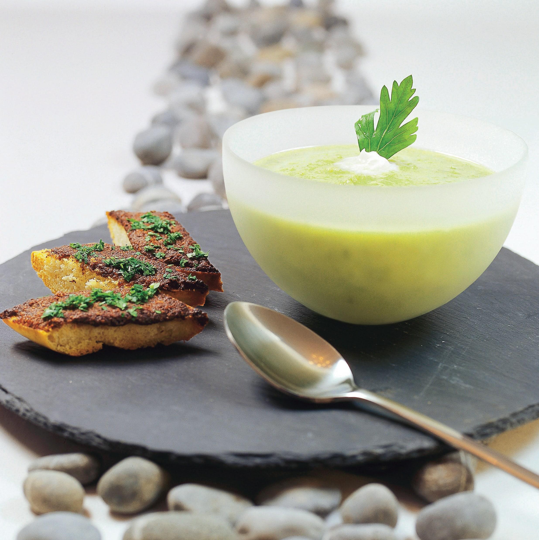 Soupe au poireau citronnée et ses toasts aux cèpes