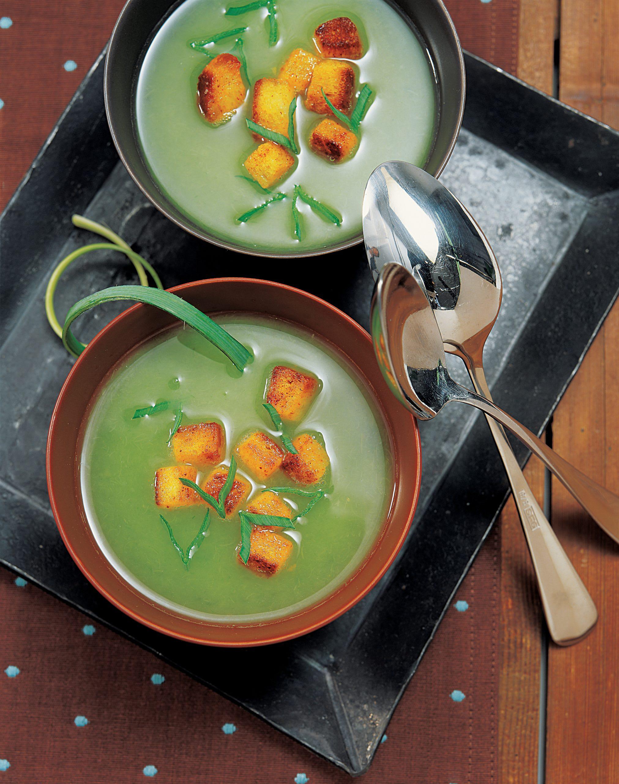 Soupe de poireau et ses croûtons au safran