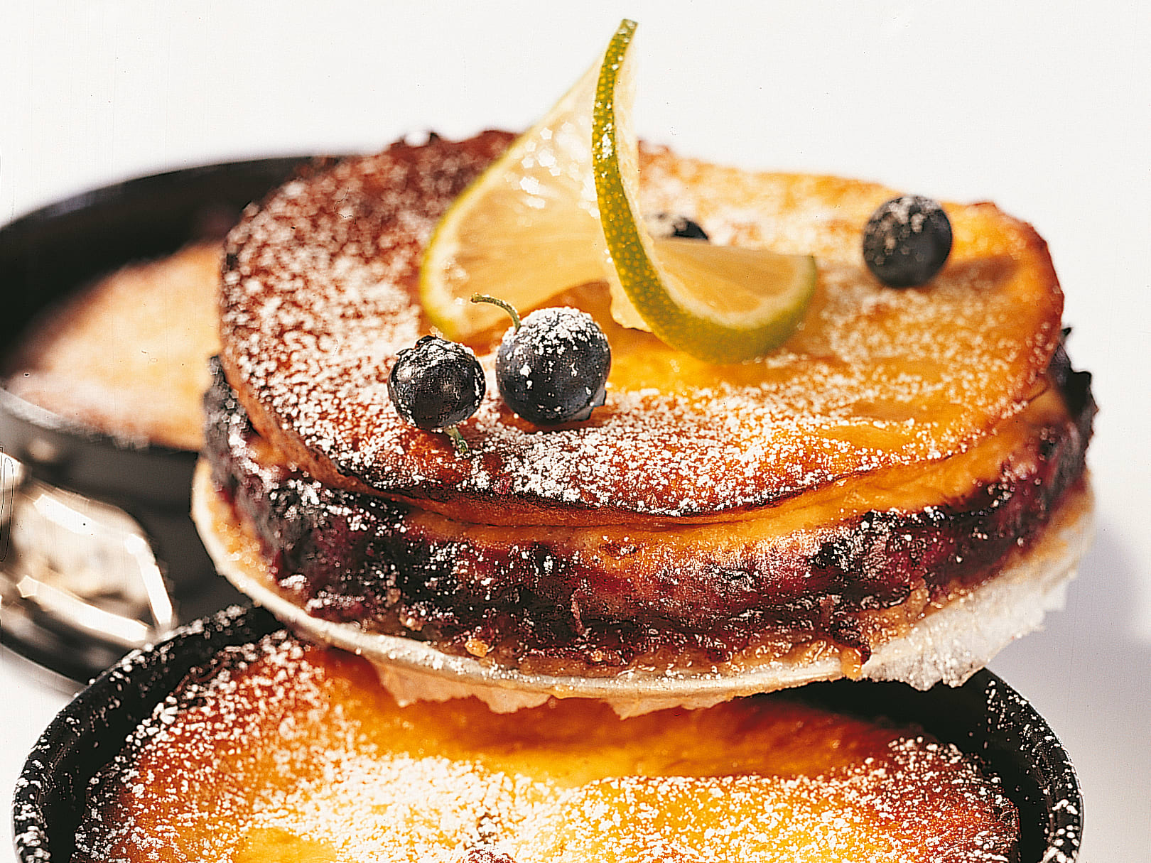 Limetten-Heidelbeer-Cheesecake
