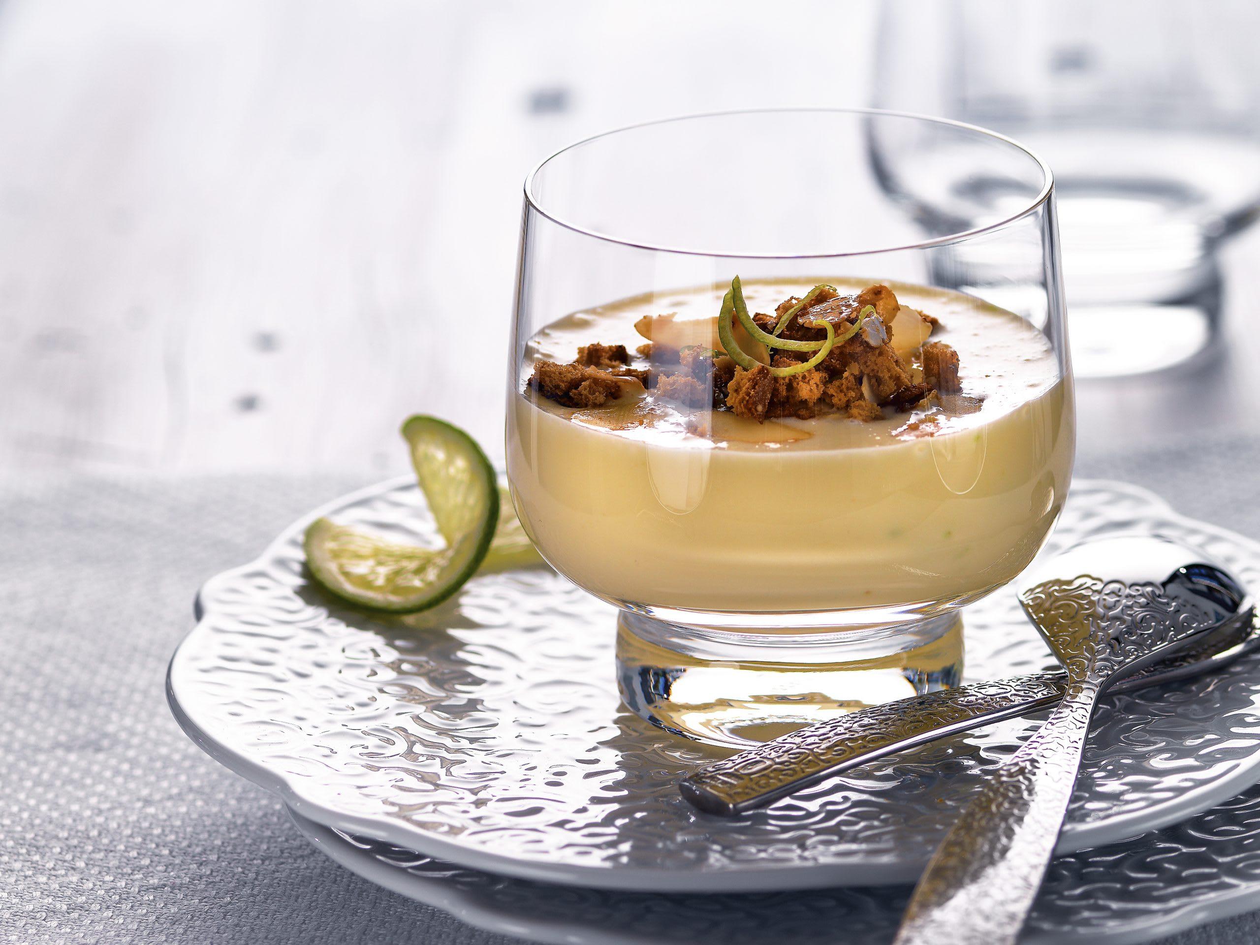 Crème au citron vert et streusel de pain d'épices