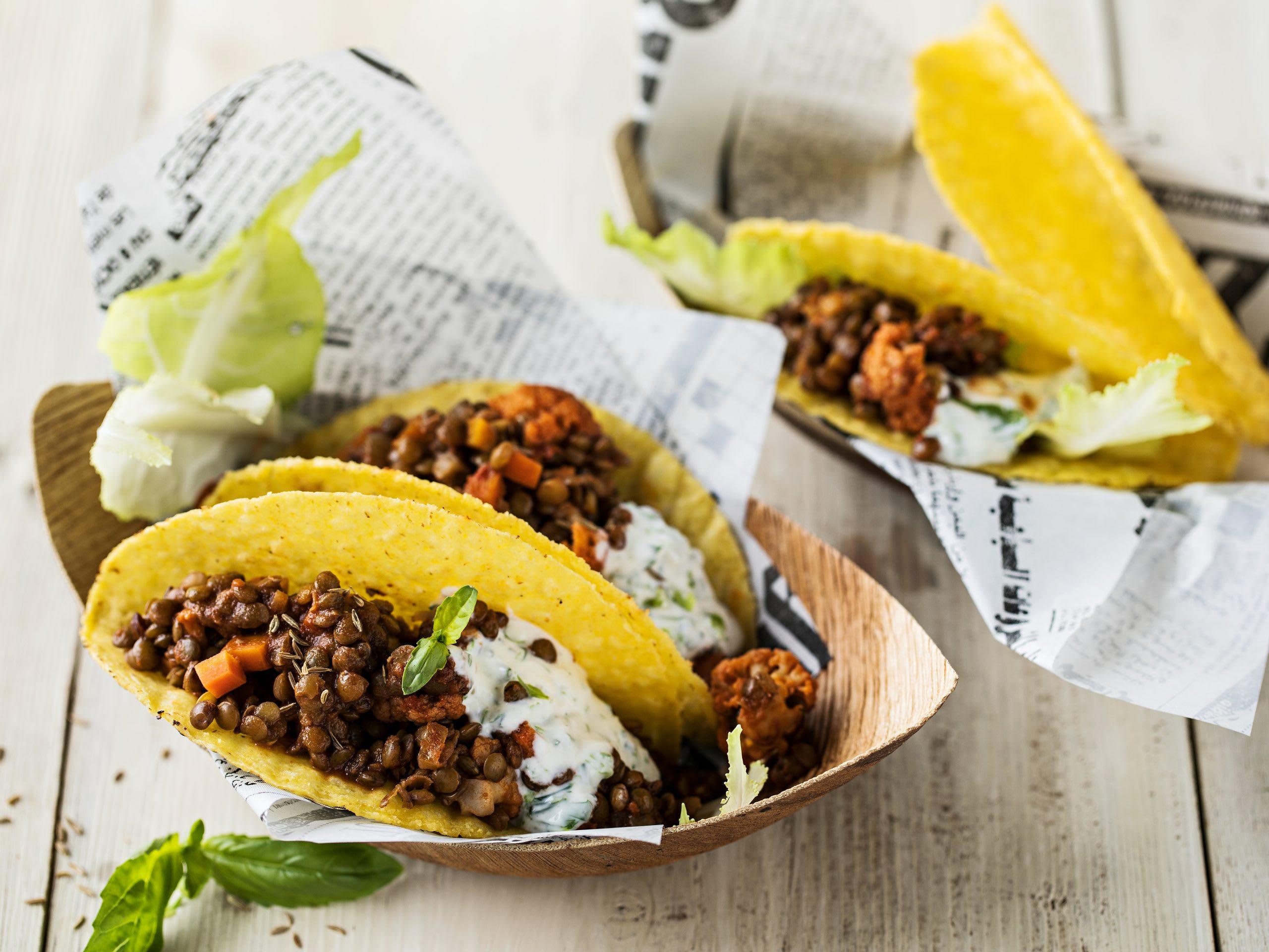 Linsen-Tacos mit Joghurt-Zitronen-Dressing
