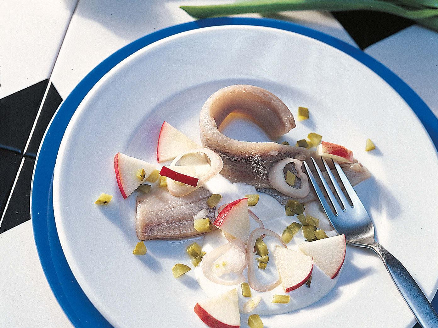 Harengs marinés et crème acidulée