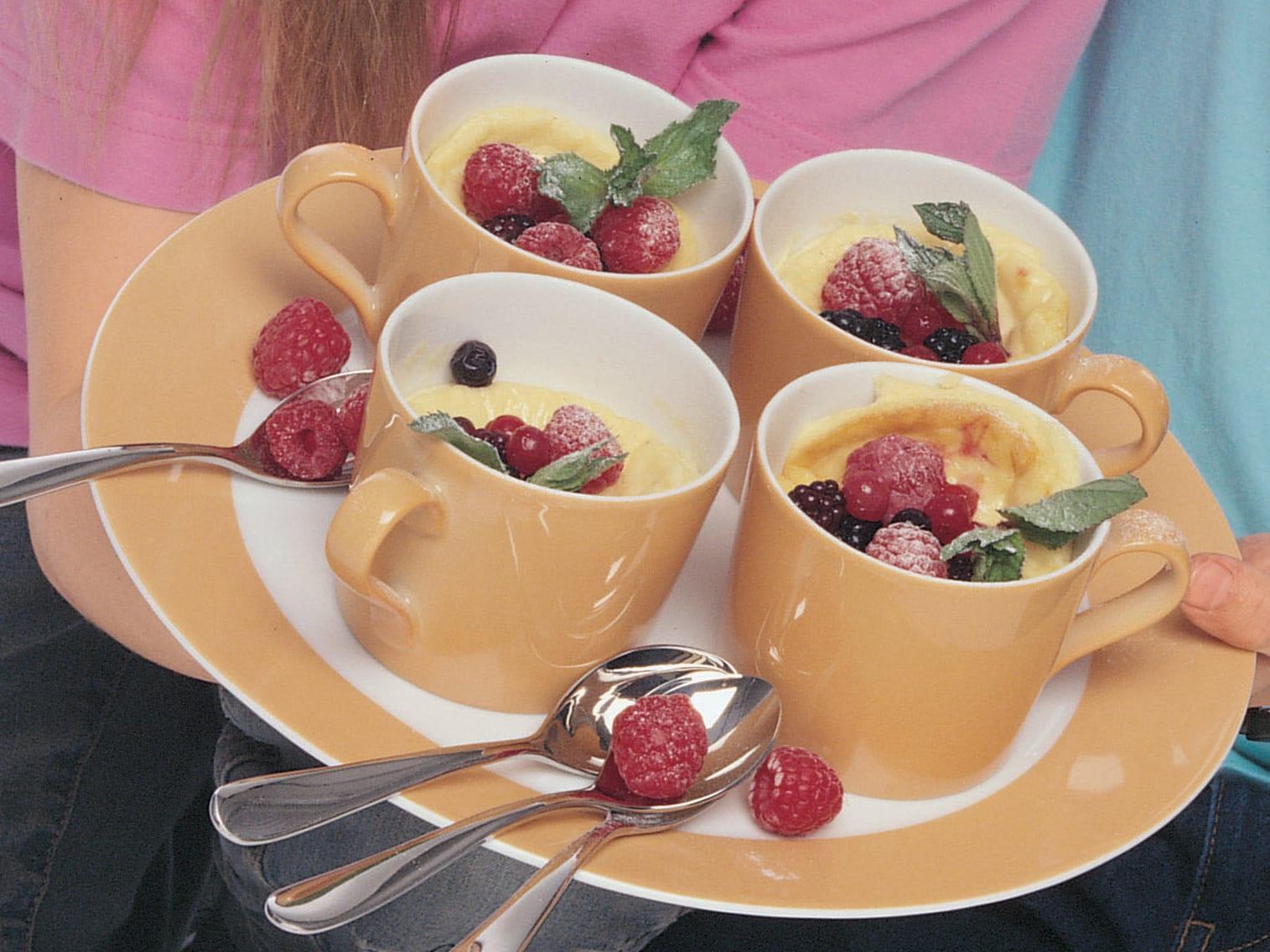 Mini-gâteaux aux fruits rouges, au séré et au mascarpone