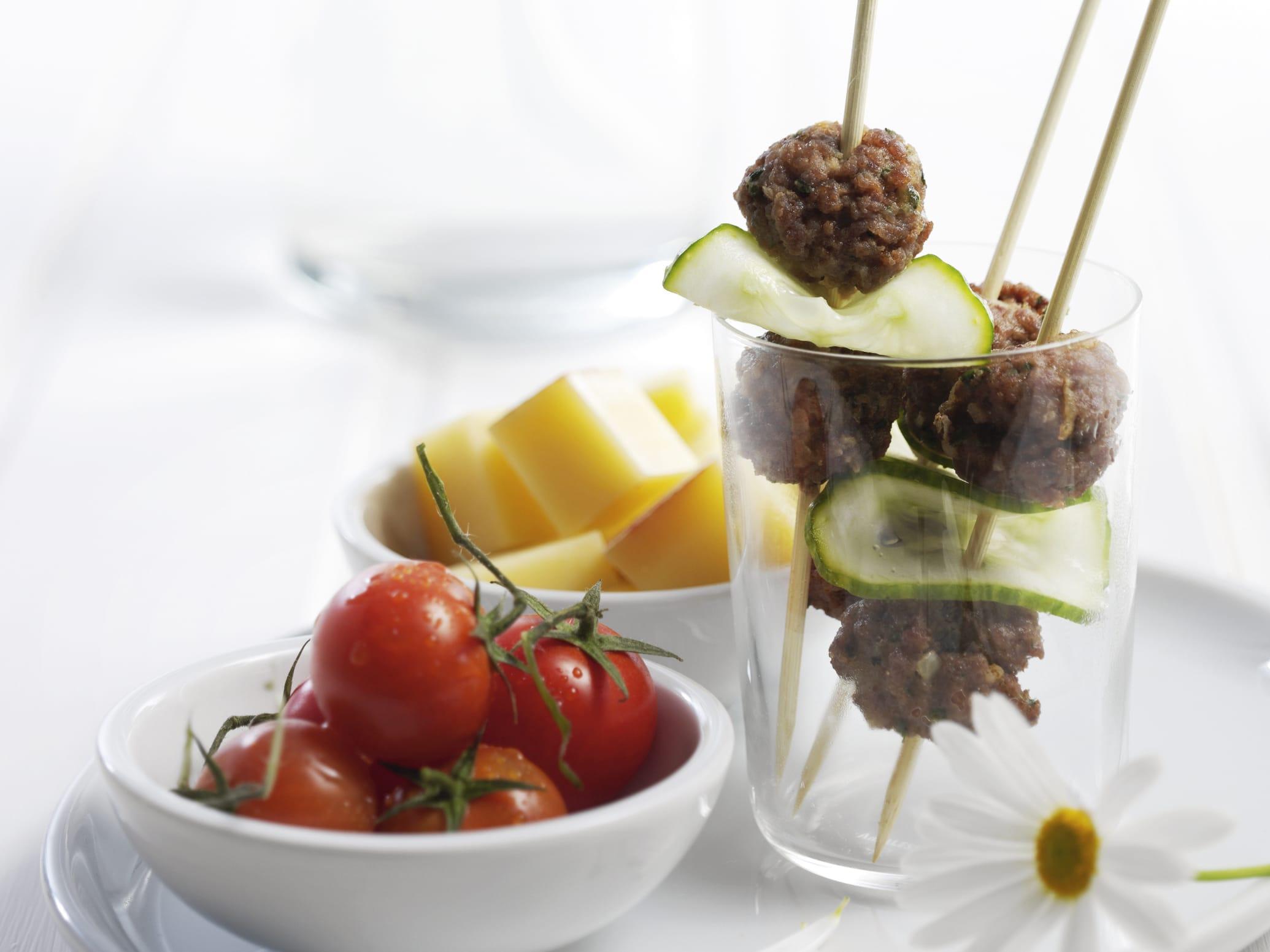 Mini-brochettes à la viande hachée