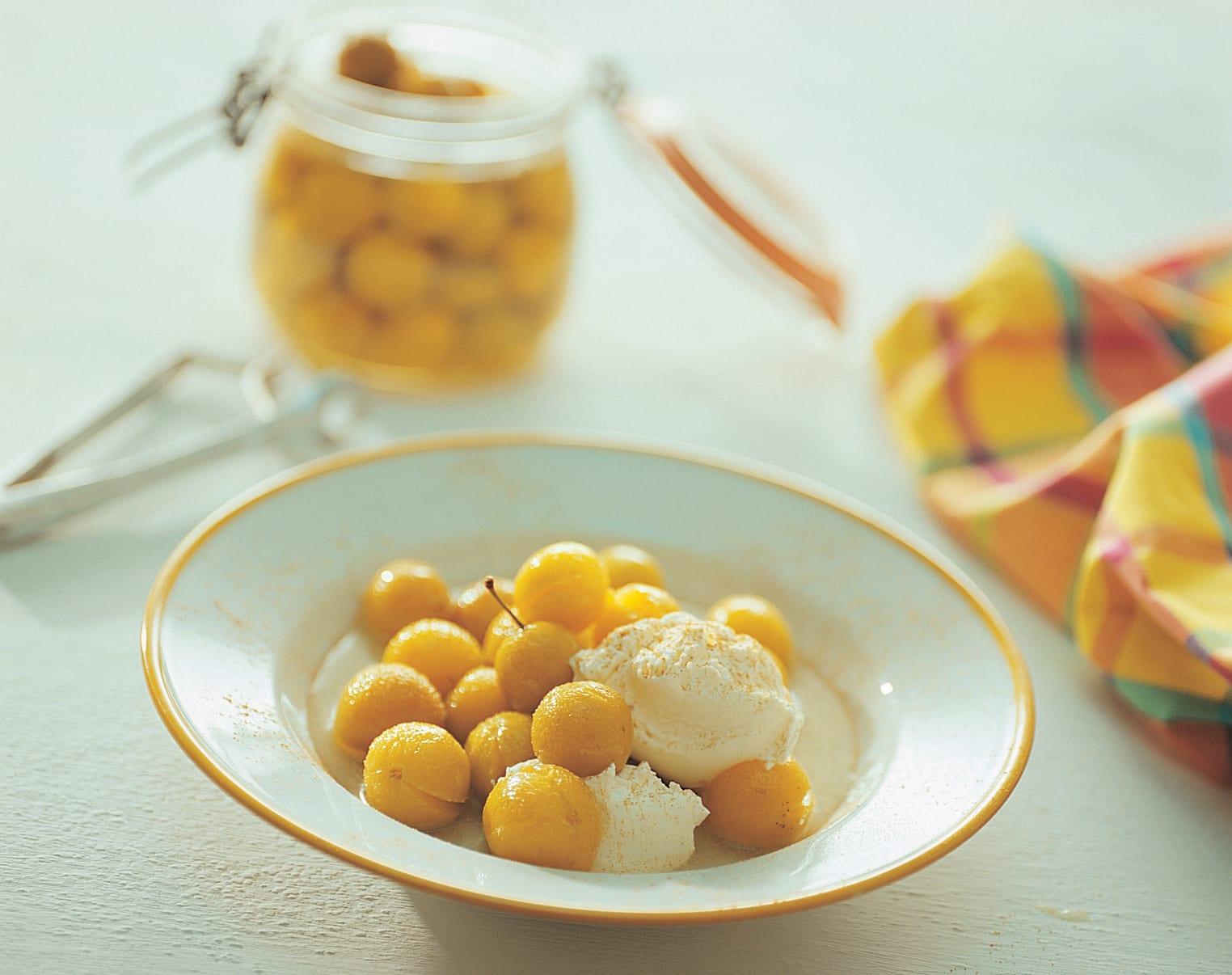 Mirabelles à la crème au gingembre
