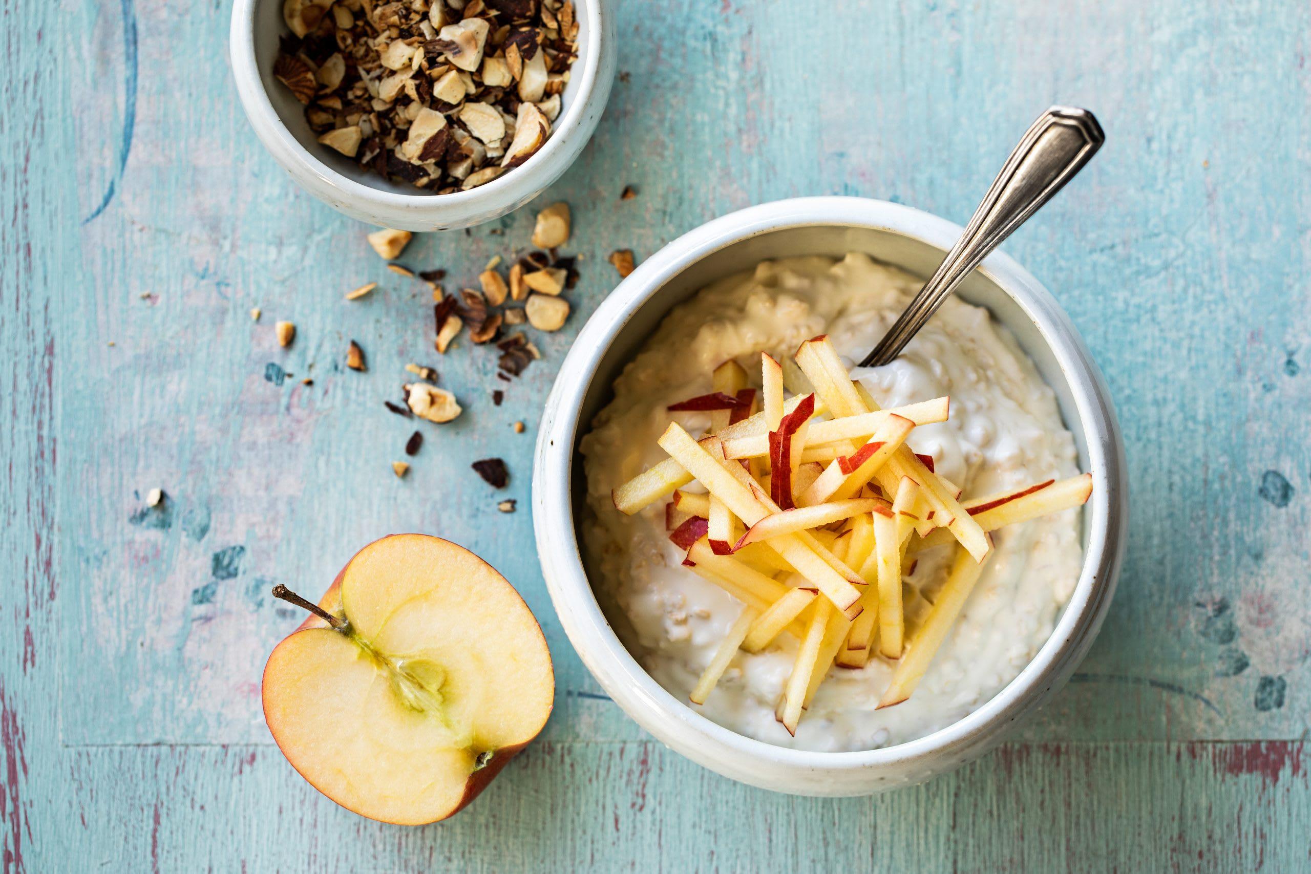 Bircher aux pommes et aux noix