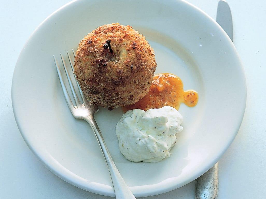 Ofenäpfel in Orangensaft mit Haselnussrahm