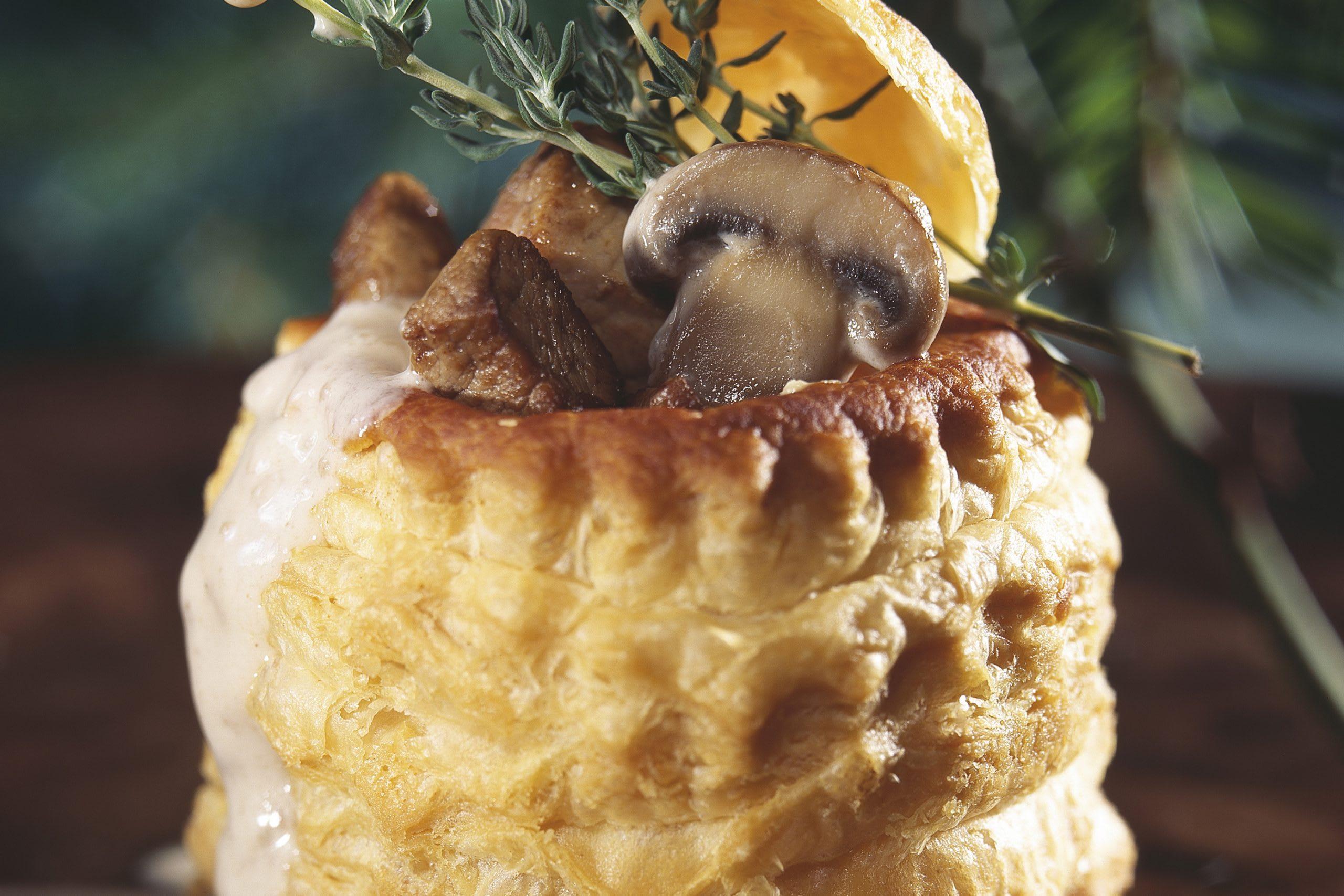 Pastetli mit Kalbfleisch und Pilzen