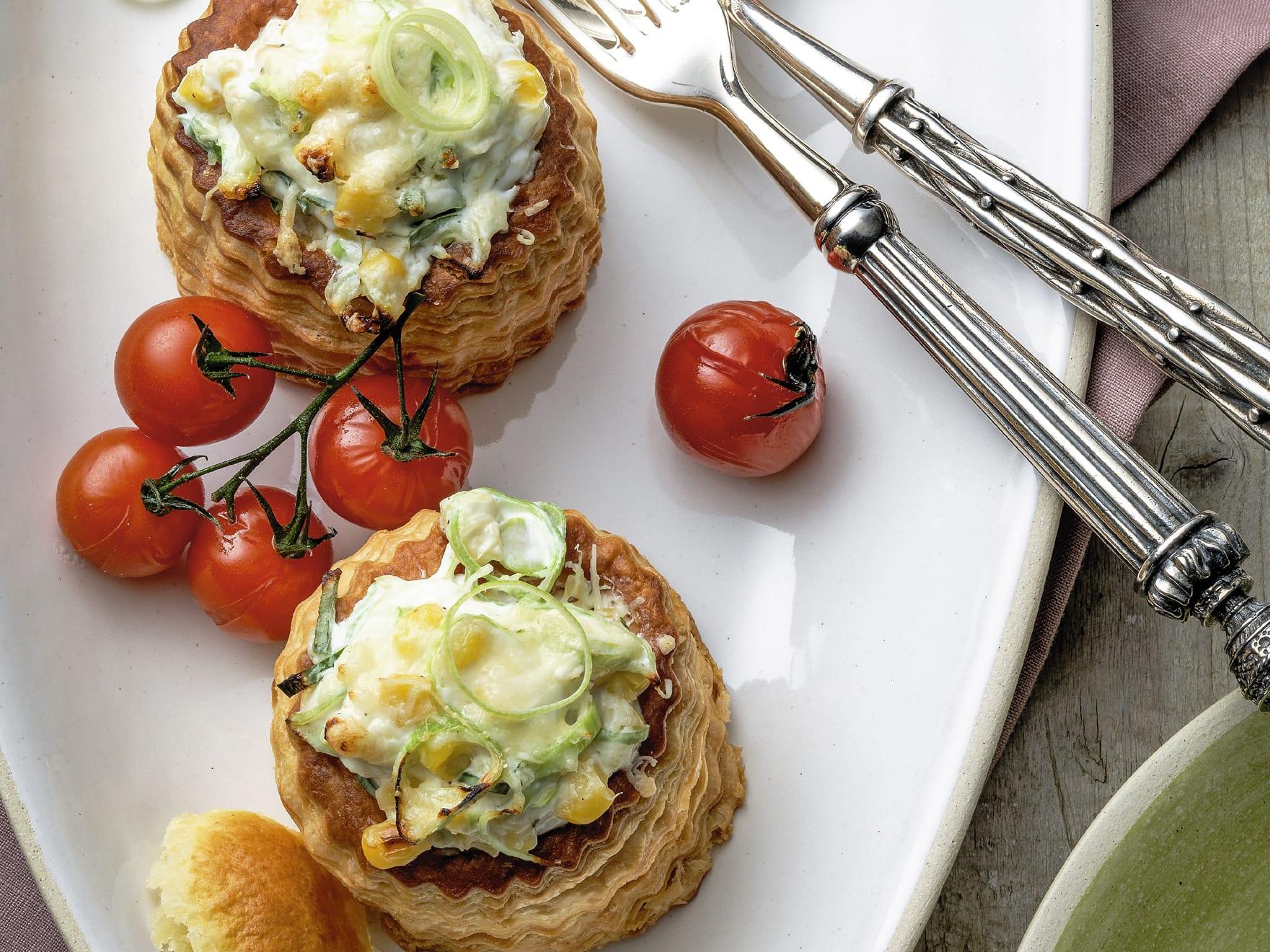 Pastetli vegetarisch mit Quark-Gemüse-Füllung