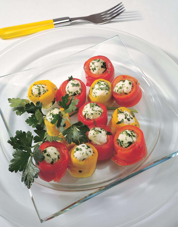 Peperoni mit Mozzarelline gefüllt