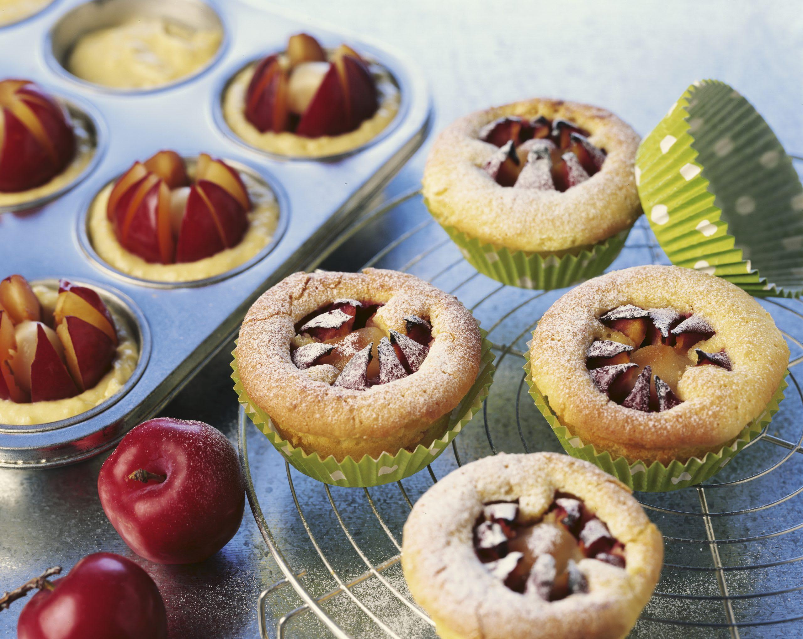 Muffins aux prunes et au massepain