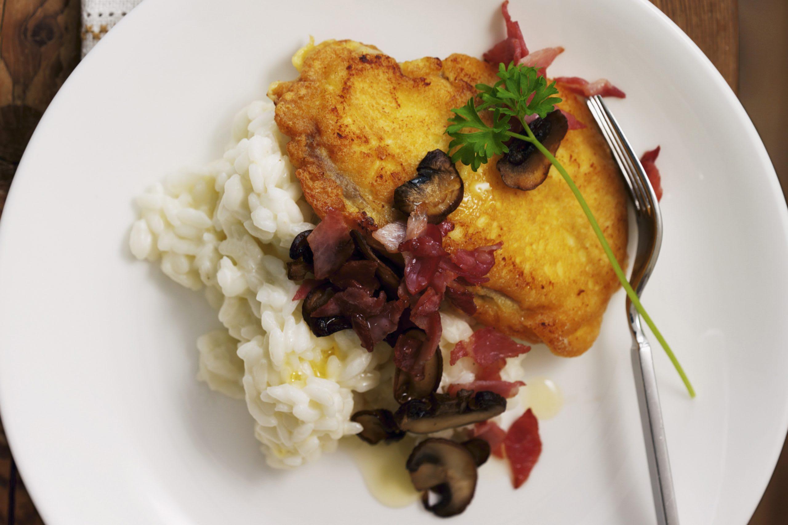Piccata jambon-champignons et risotto au vin blanc
