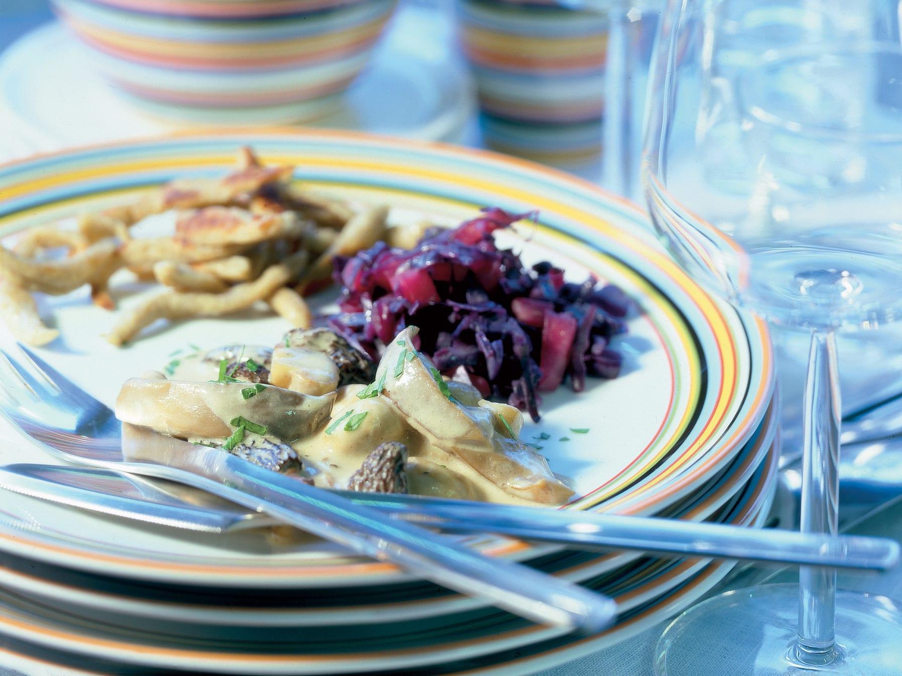 Pilzragout mit Buchweizenspätzli und Rotkraut