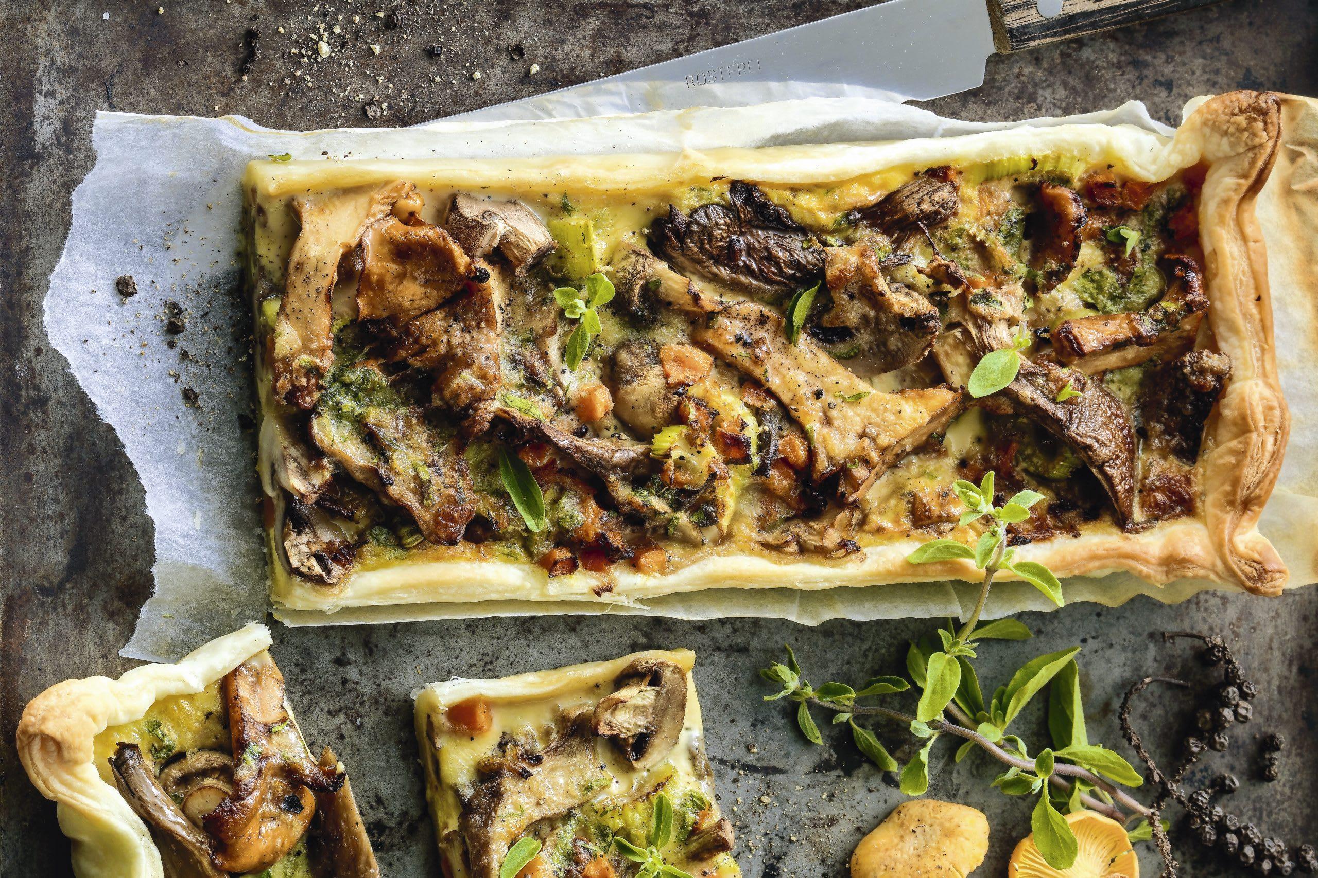 Tarte aux champignons (avec pâte feuilletée)