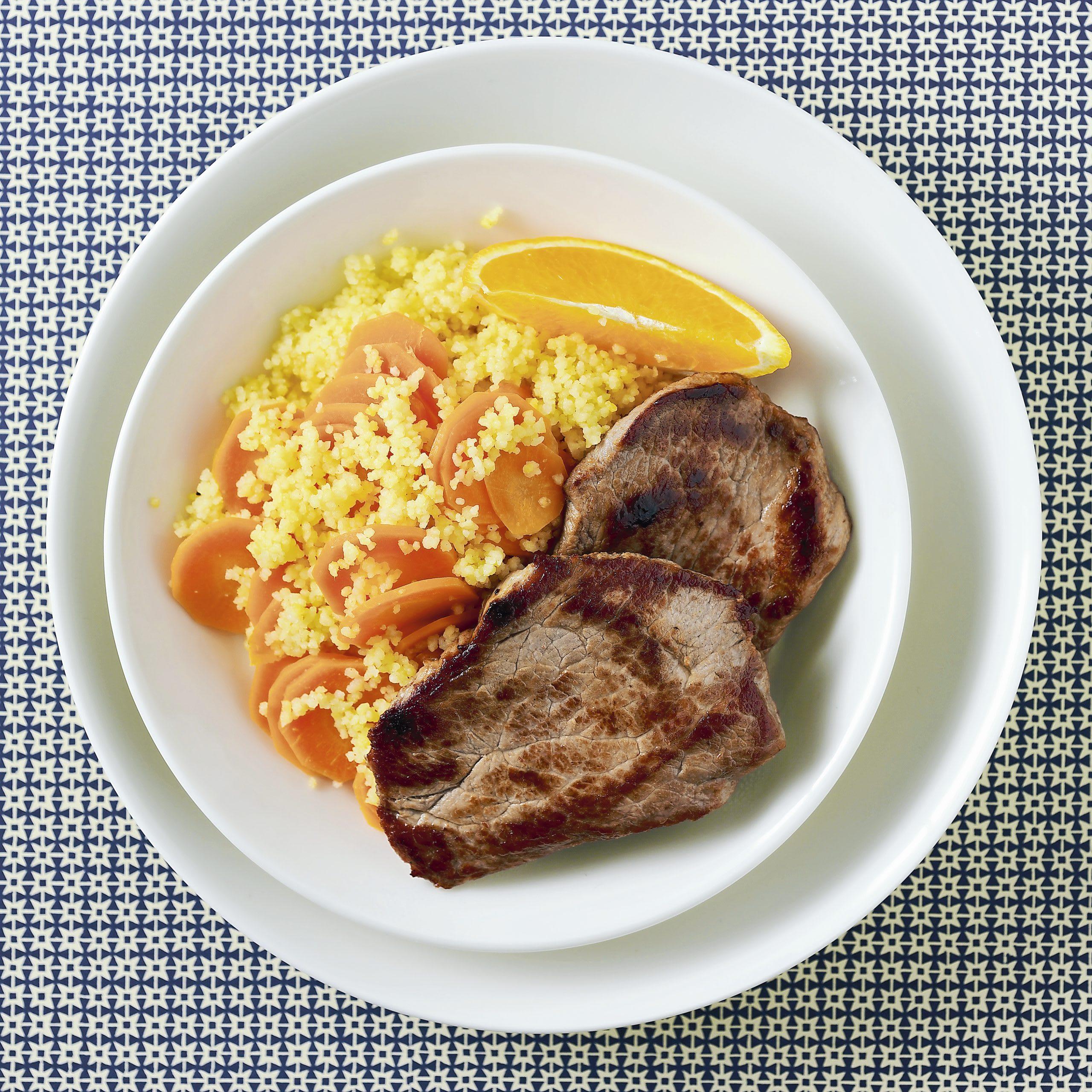 Escalopes et couscous coloré