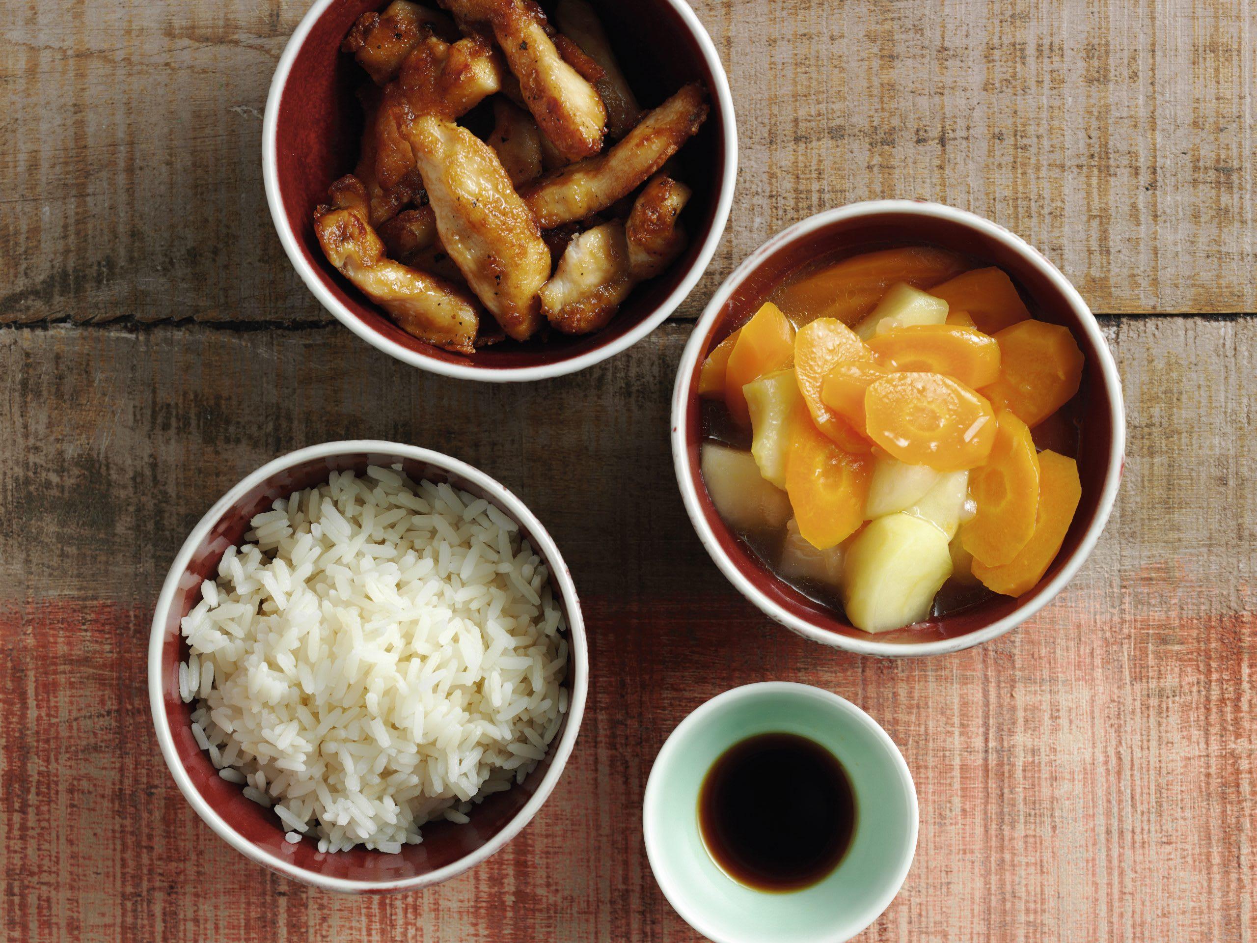 Poulet, duo pommes-carottes et riz