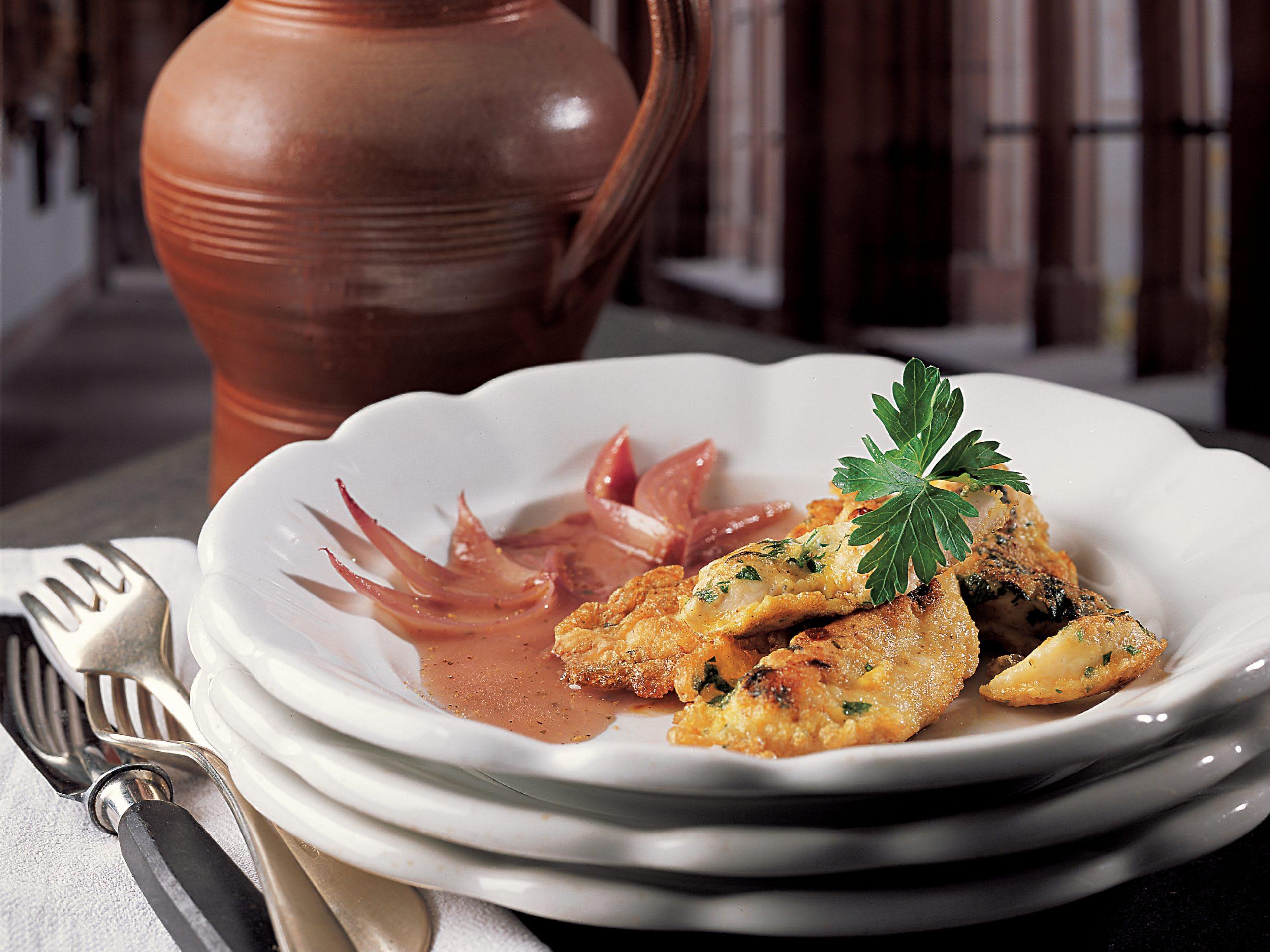 Pouletbrüstchen mit Kräutern und Schalotten-Sauce