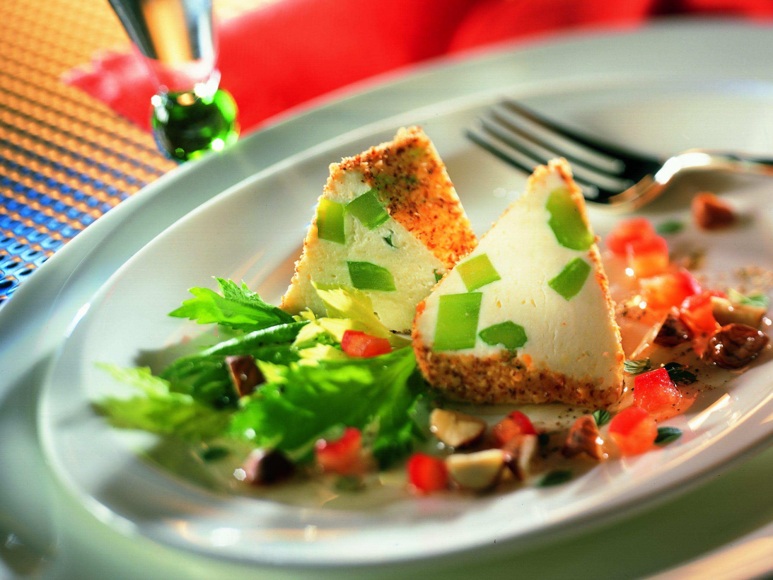 Quarkterrine mit Tomaten-Vinaigrette