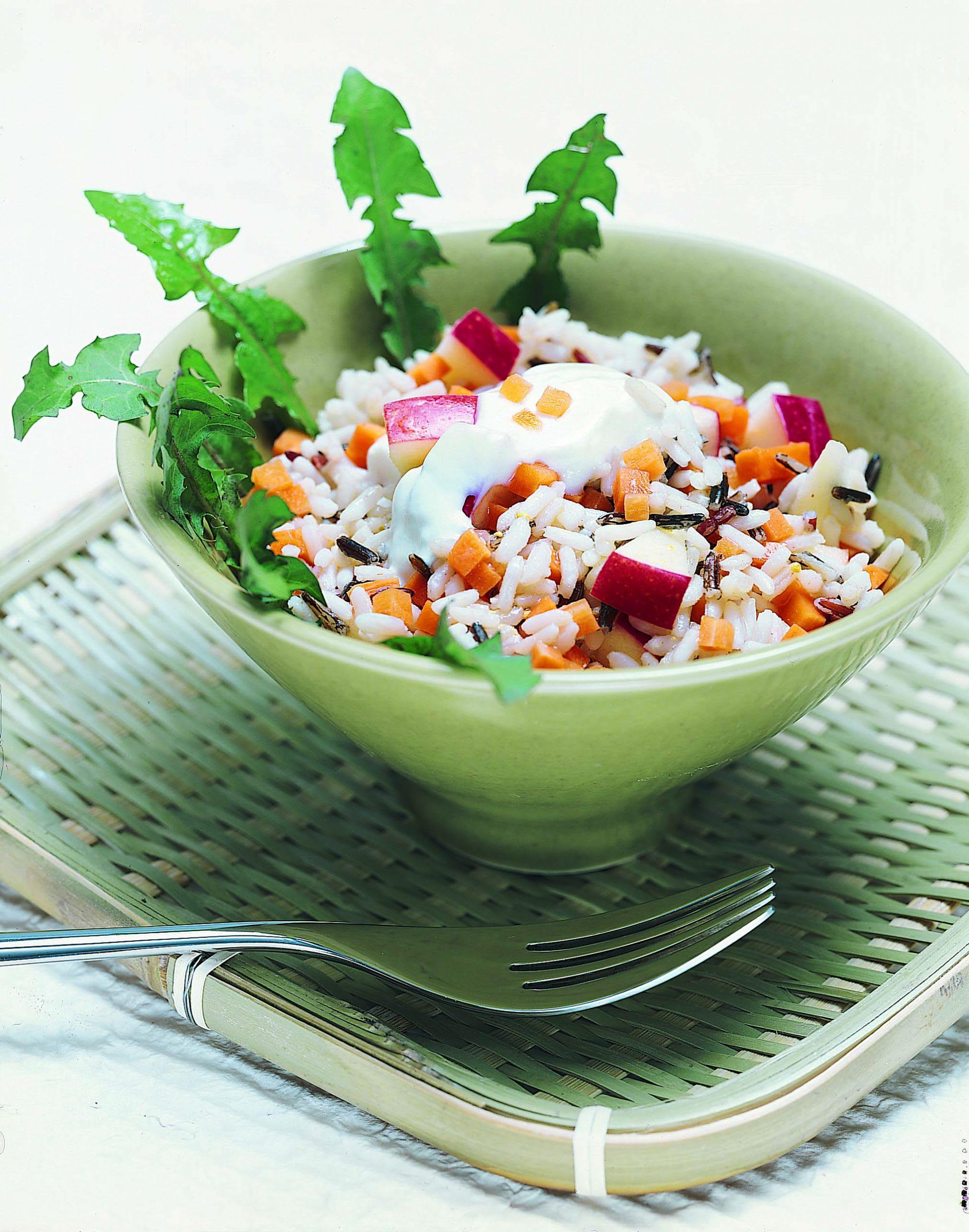 Salade de riz aux herbes sauvages
