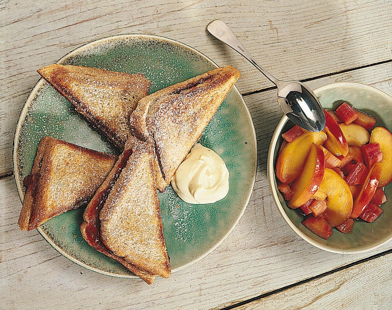Rhabarber-Apfel-Toast