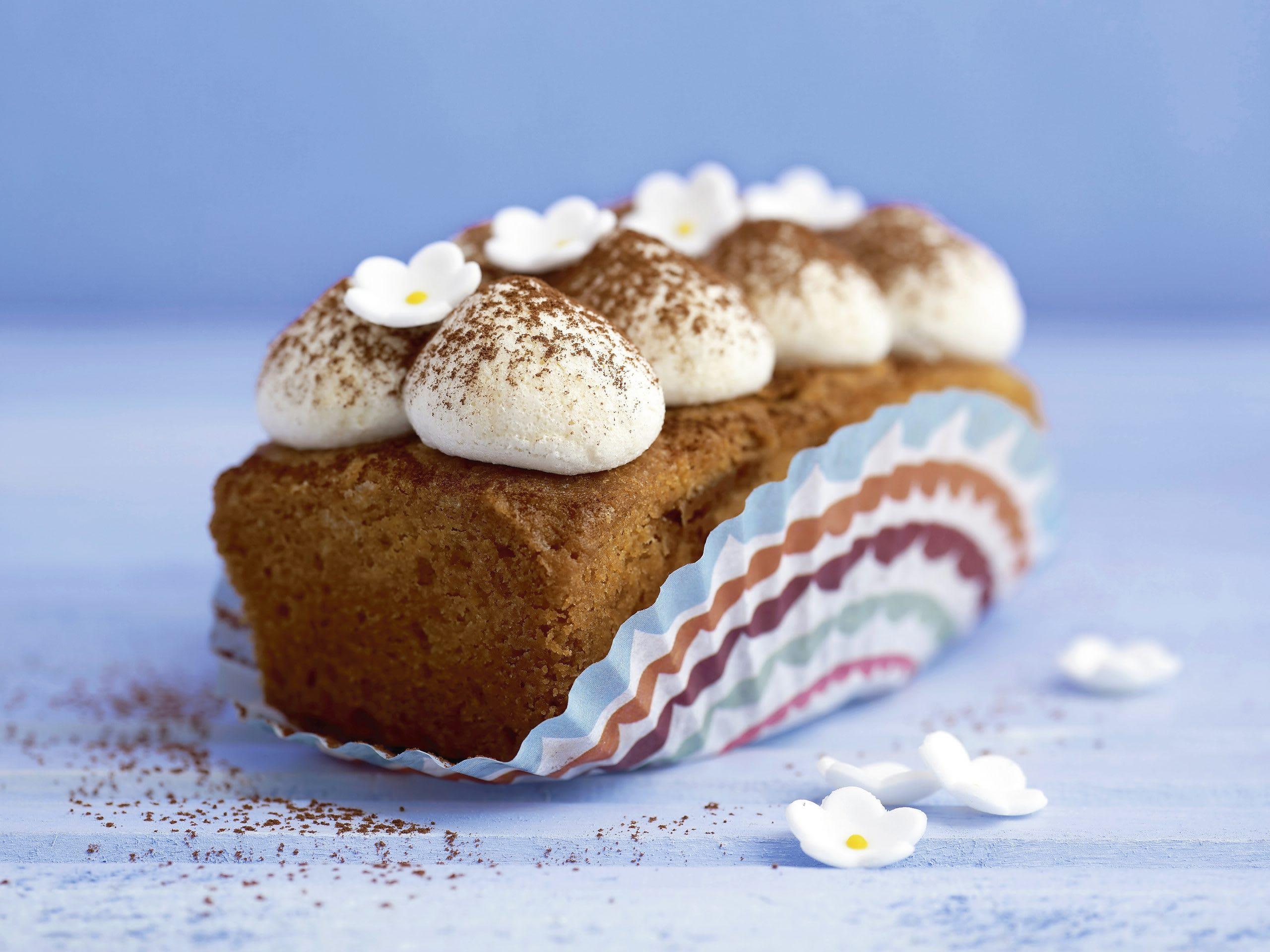 Cake à la rhubarbe et au caramel