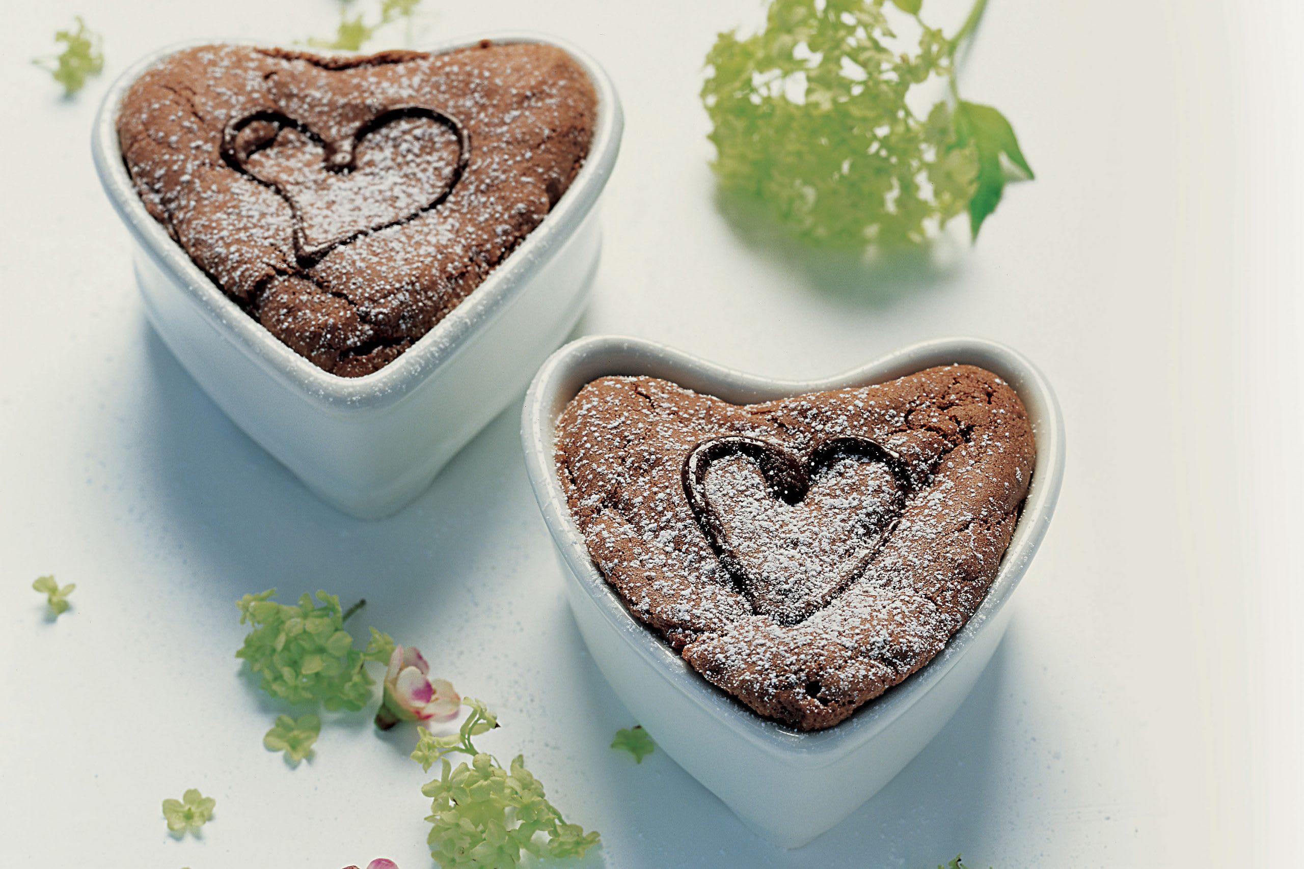 Coeurs moelleux au chocolat et à la rhubarbe