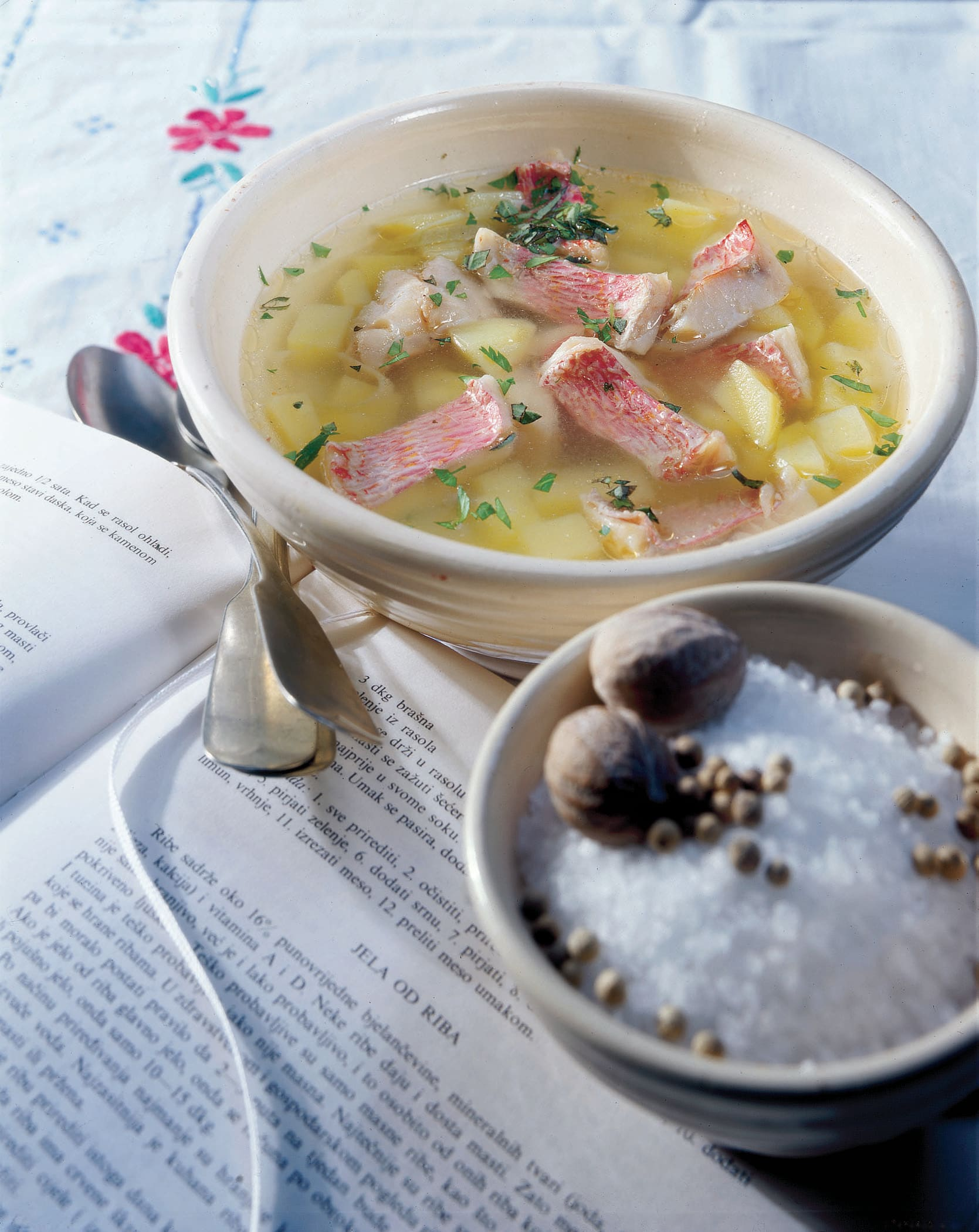 Riblja juha (Fischsuppe)