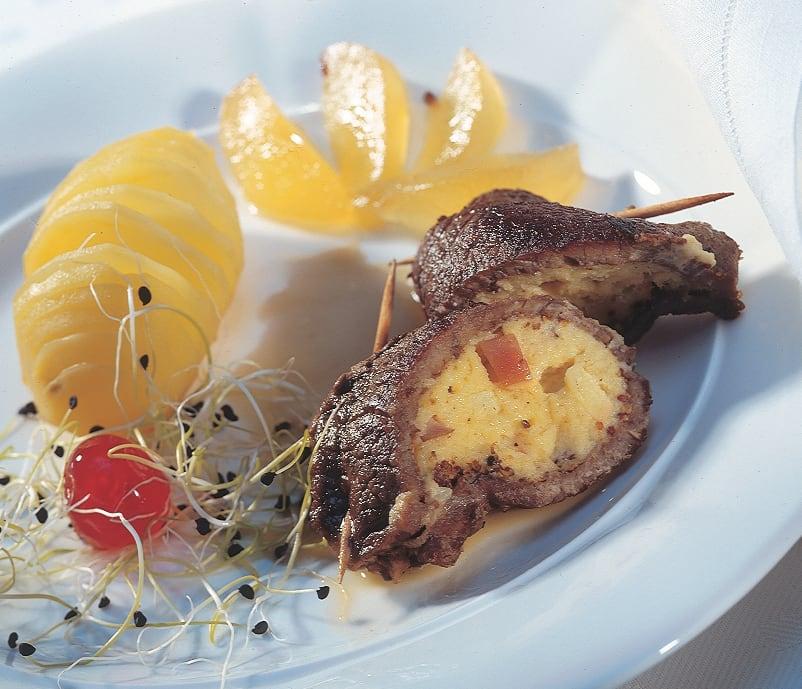 Rindfleisch-Taschen mit Birnen-Senf-Füllung