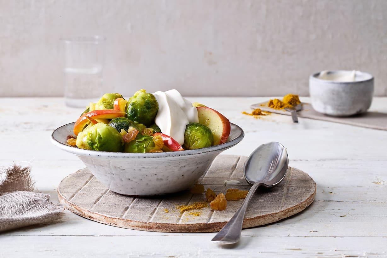 Rosenkohl mit Apfel und Curry