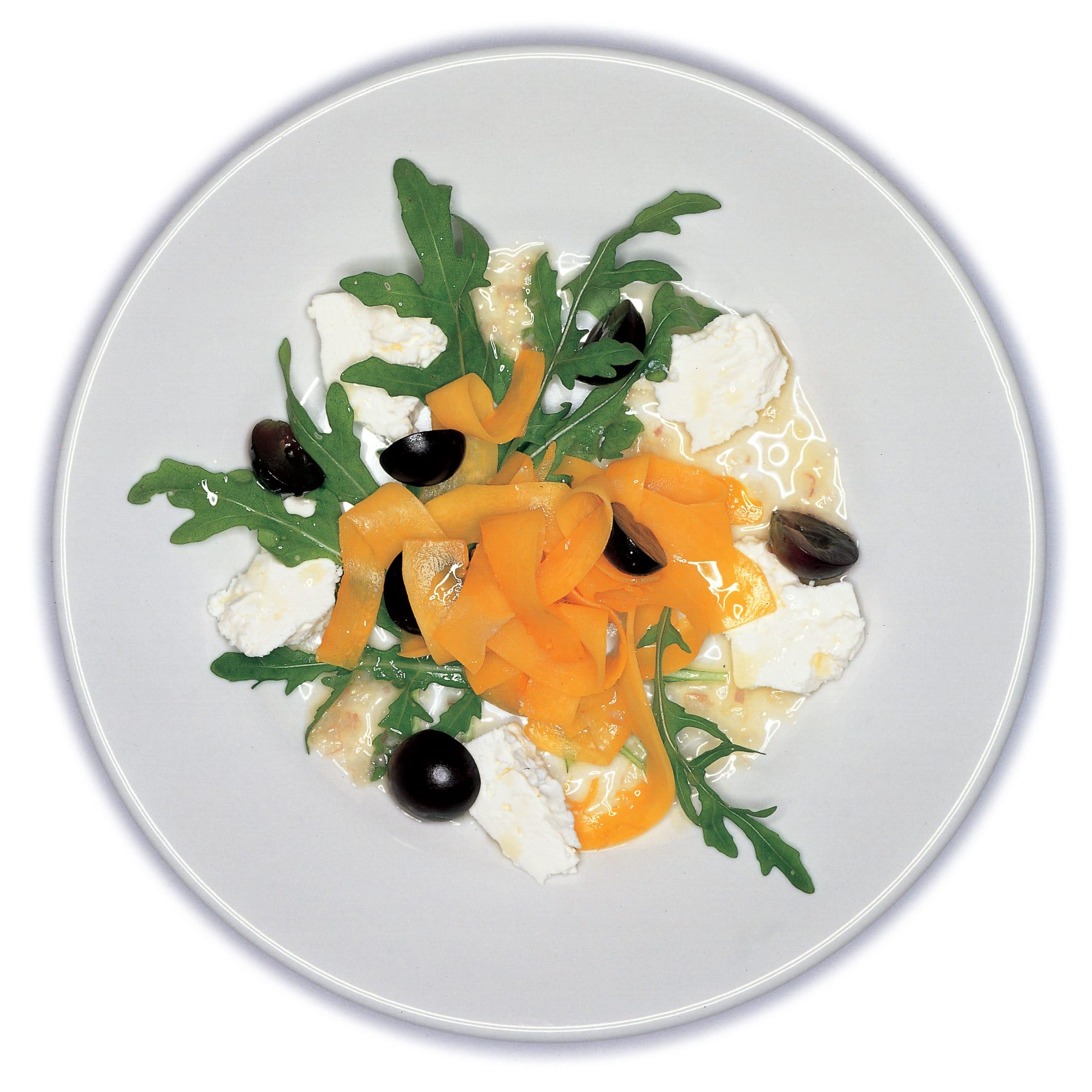 Ruccola-Kürbis-Salat mit Trauben und Frischkäse