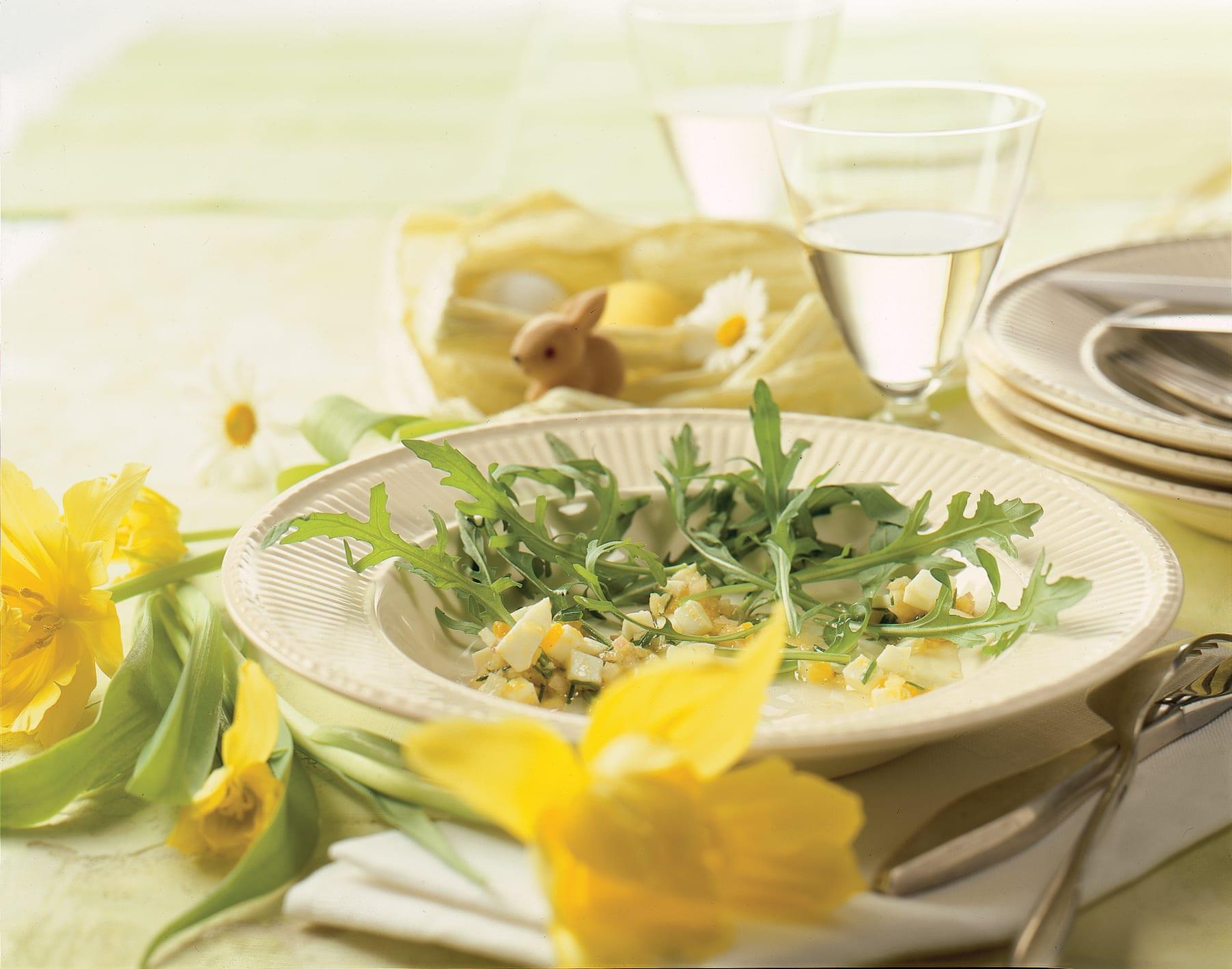 Rucola-Salat mit Eier-Zitronen-Vinaigrette