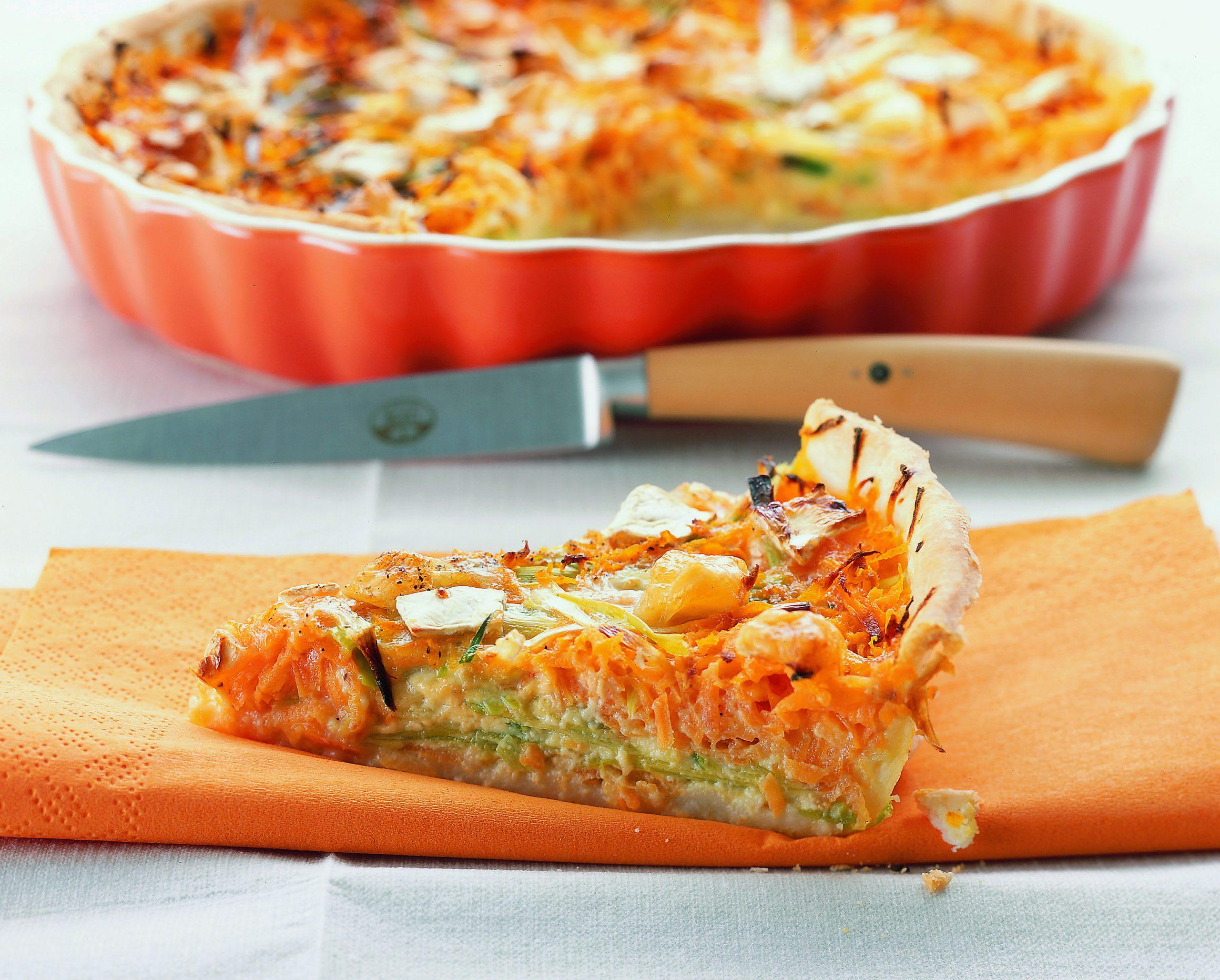 Tarte aux poireaux, aux carottes et au camembert