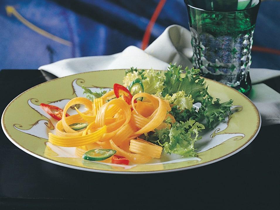 Salade aux lamelles de courge grillées