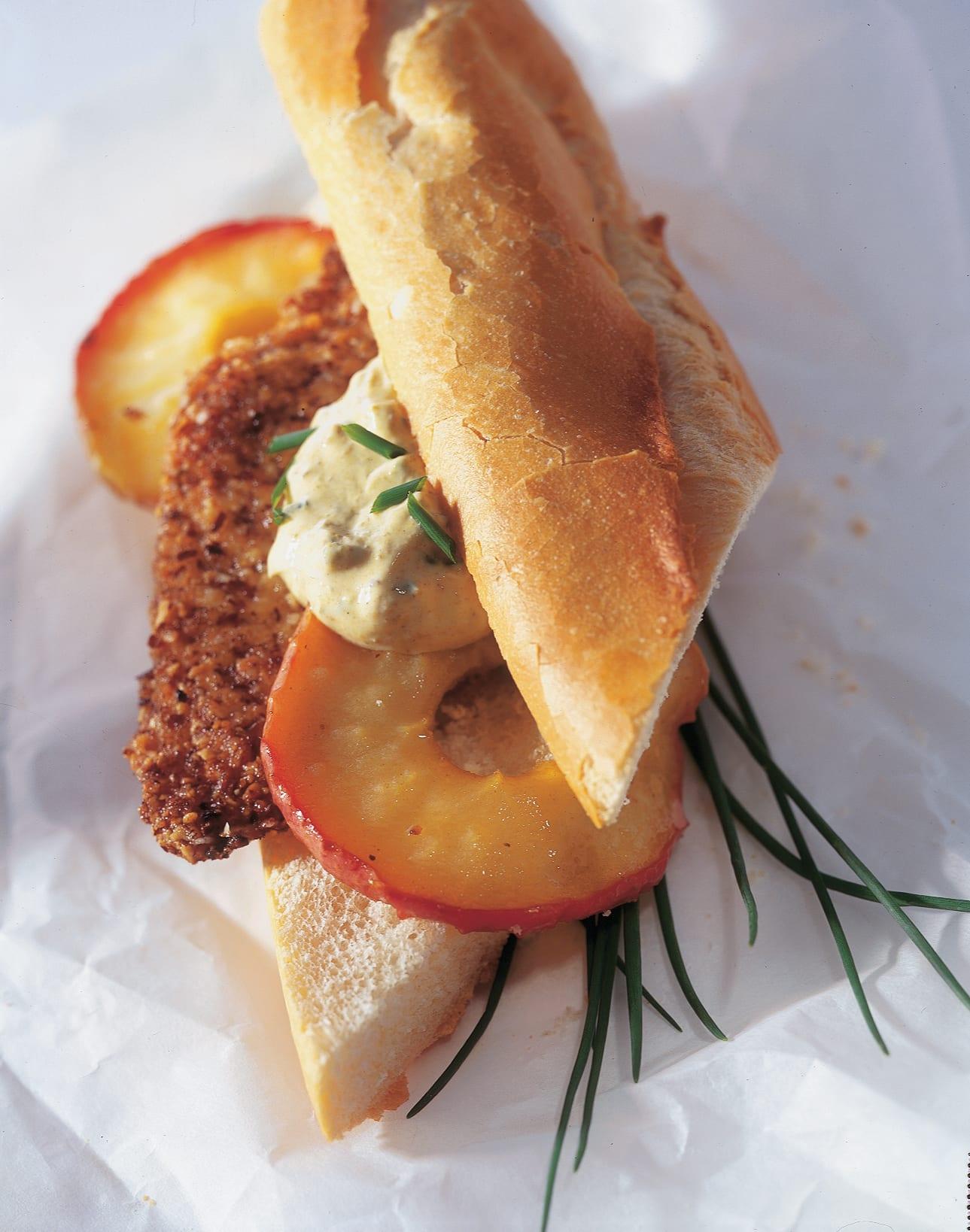 Sandwich mit Nuss-Poulet