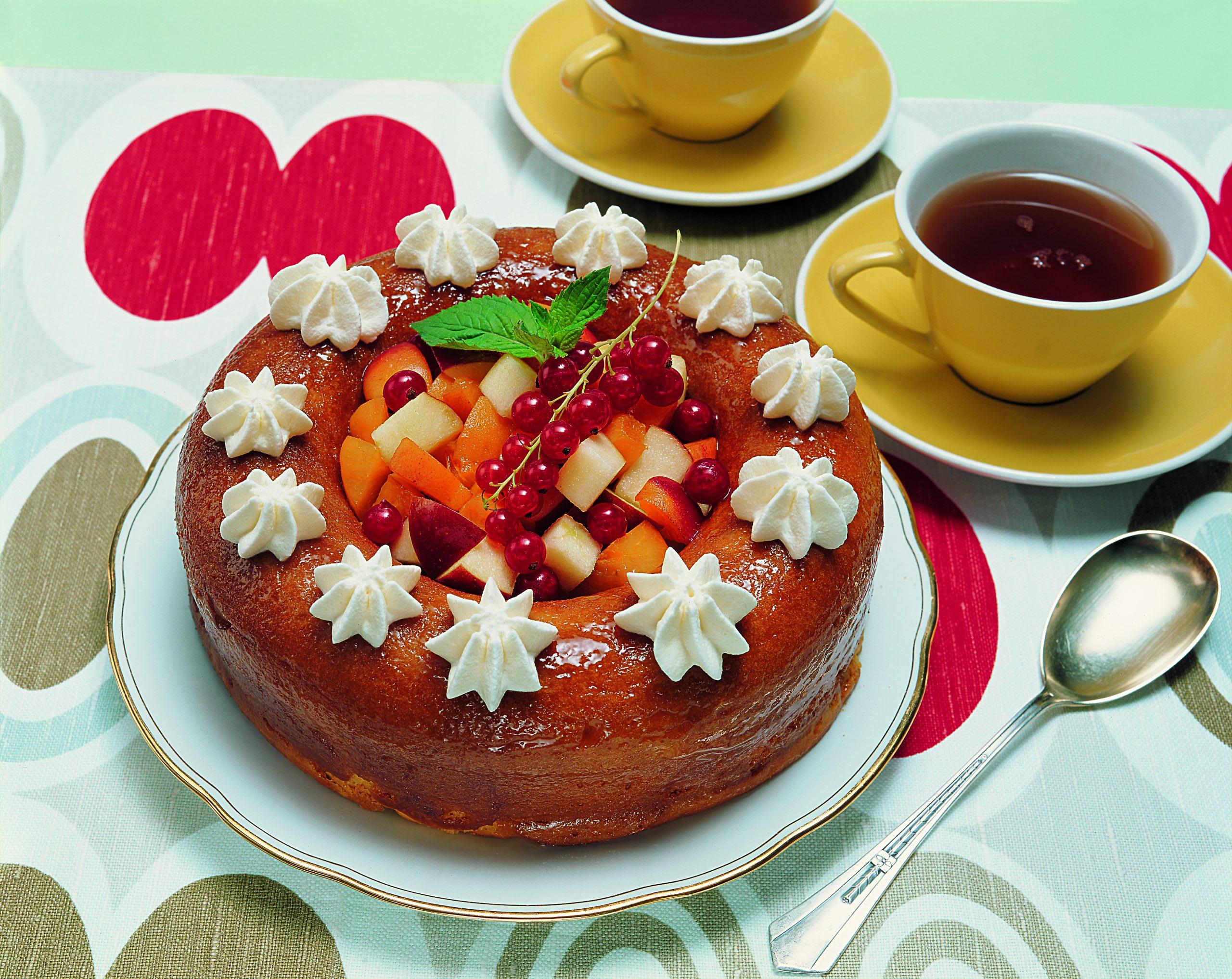 Savarin et sa salade de fruits