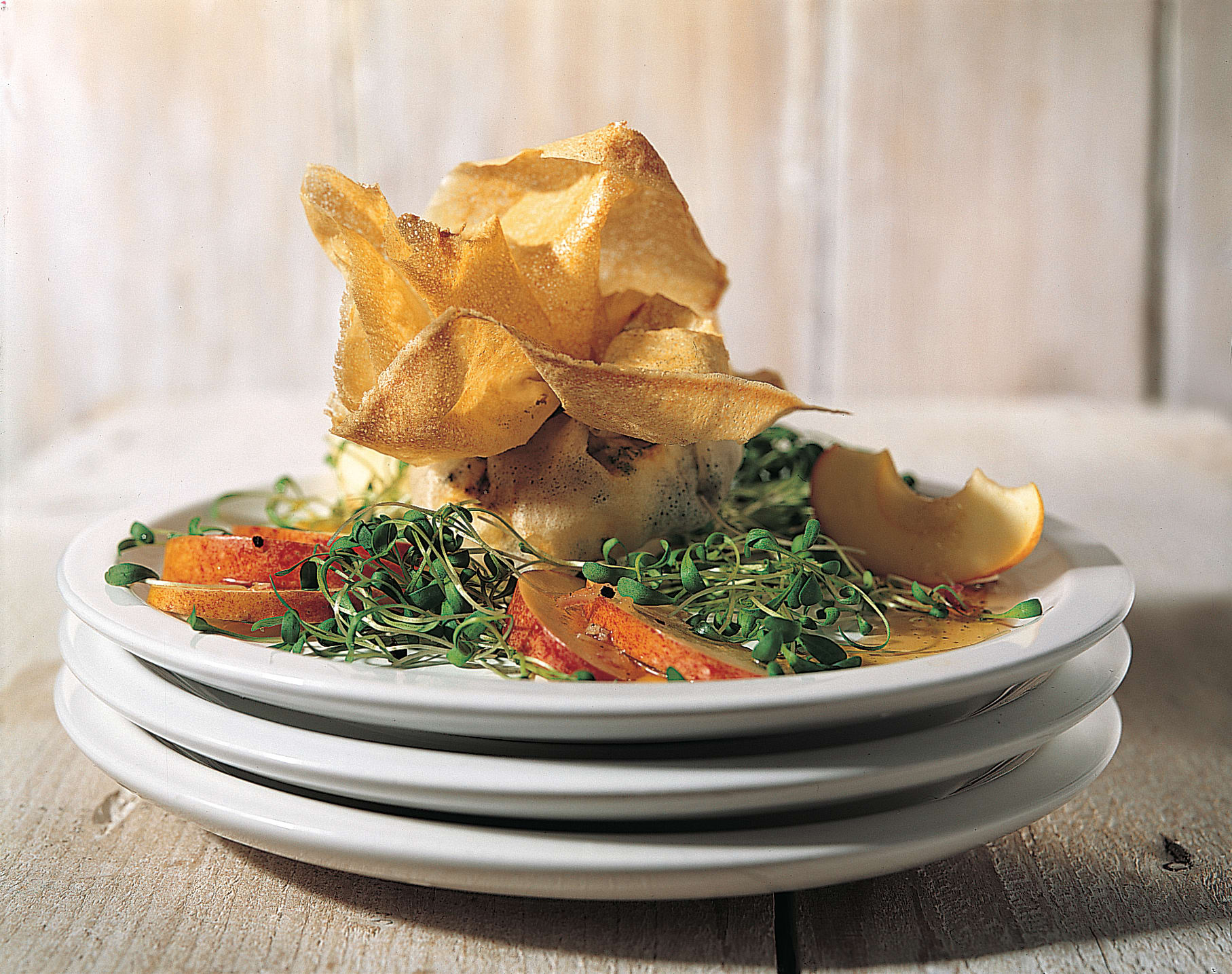 Schafnidelchäsli im Knusperbeutel mit Kresse-Apfel-Salat