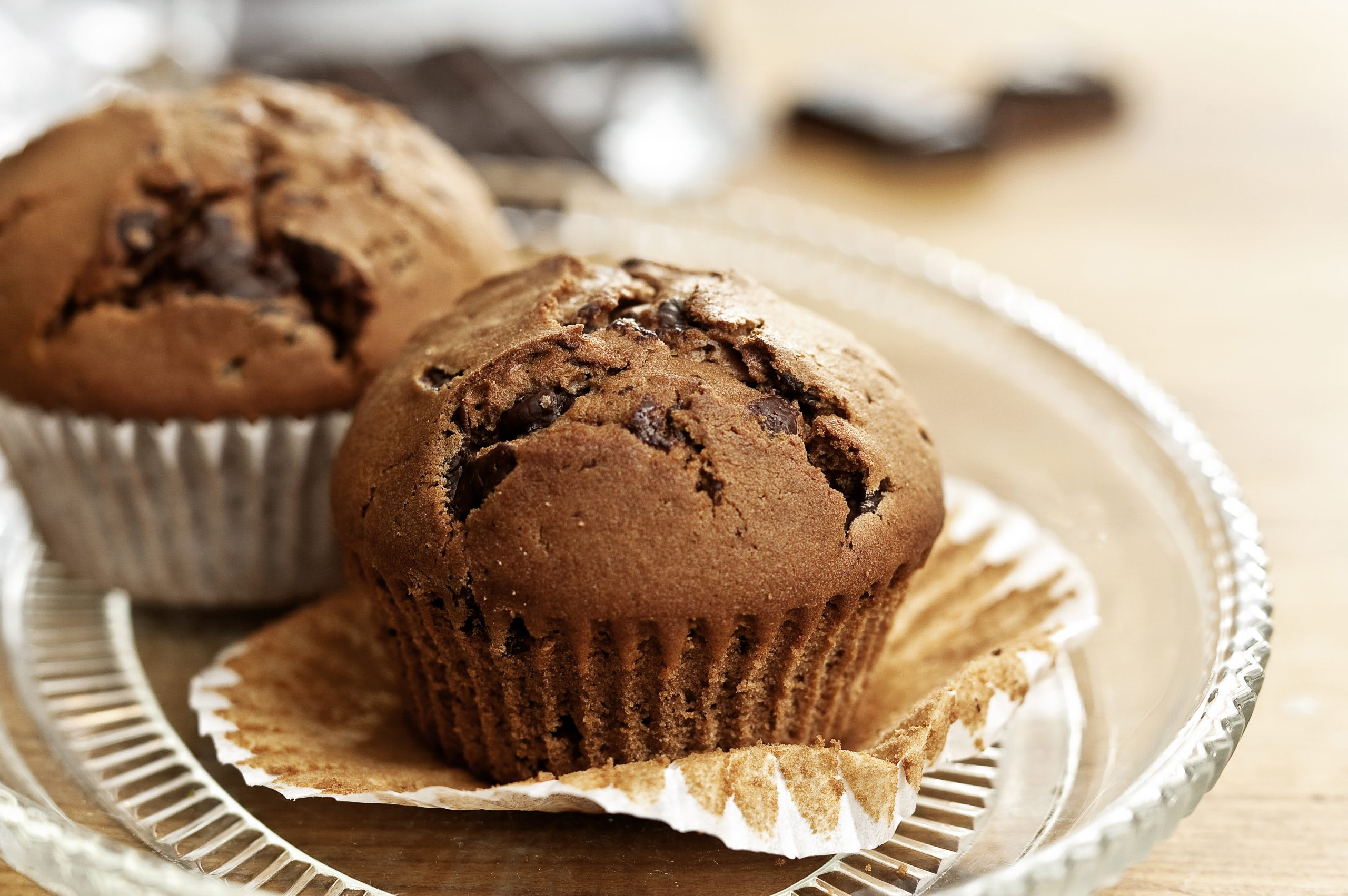 Muffins au chocolat fourrés au massepain