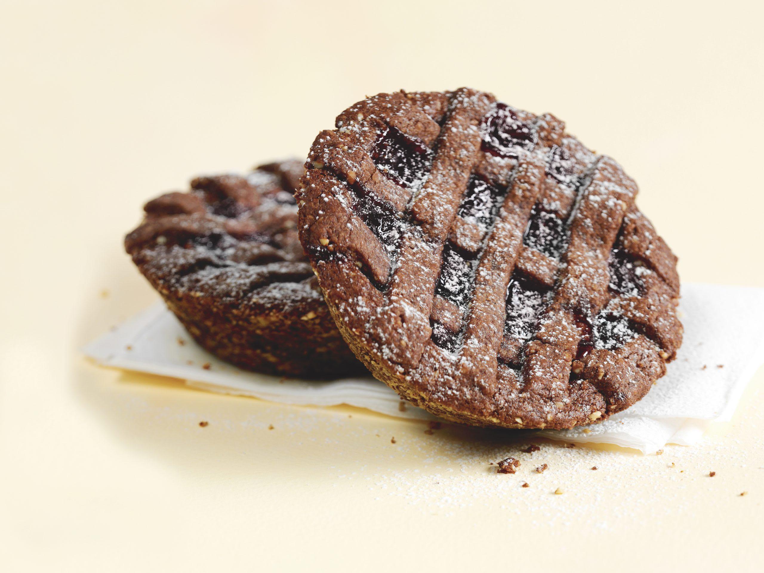 Schokoladen-Linzertörtchen