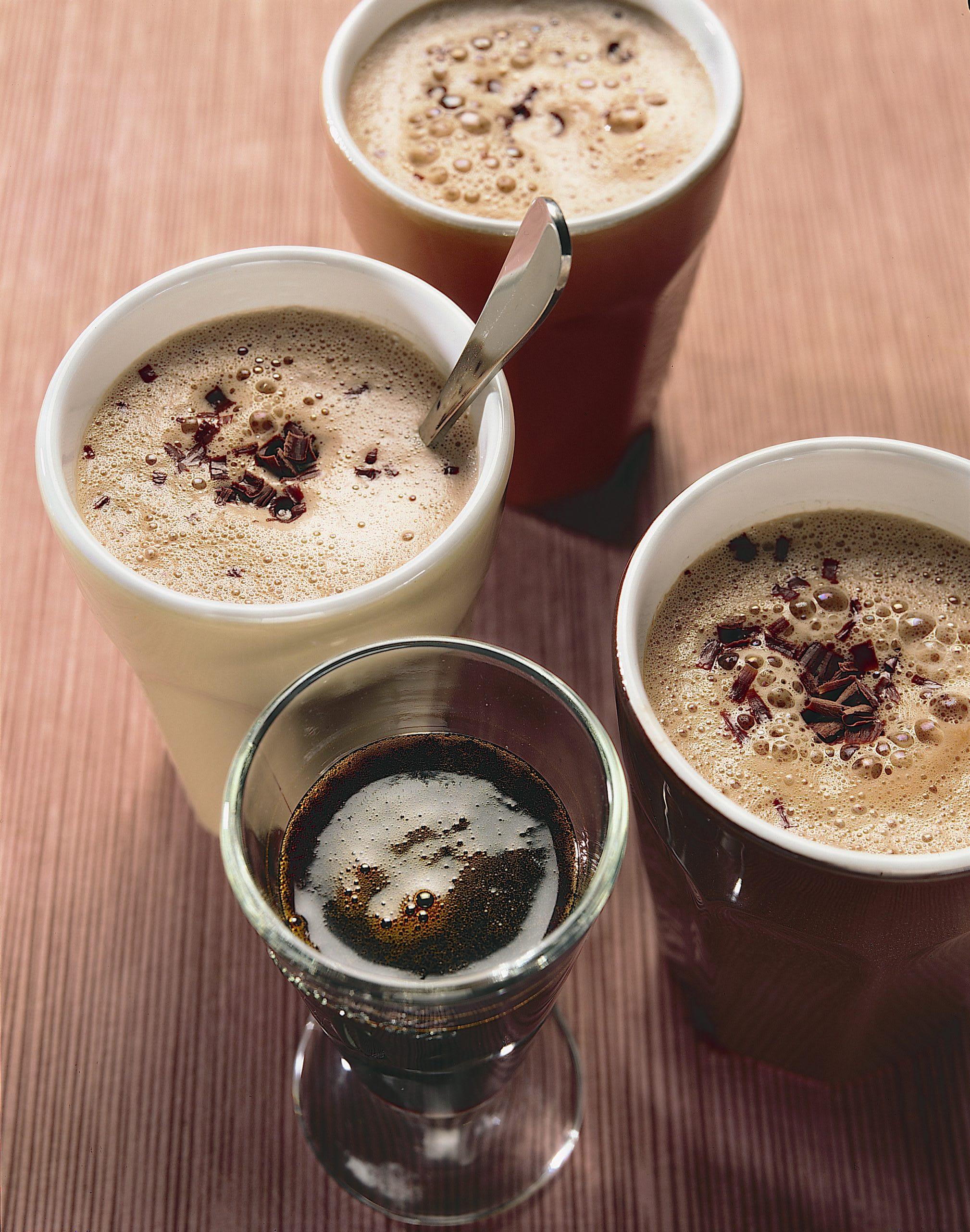 Schokomilch mit Kaffee-Vanille-Sirup