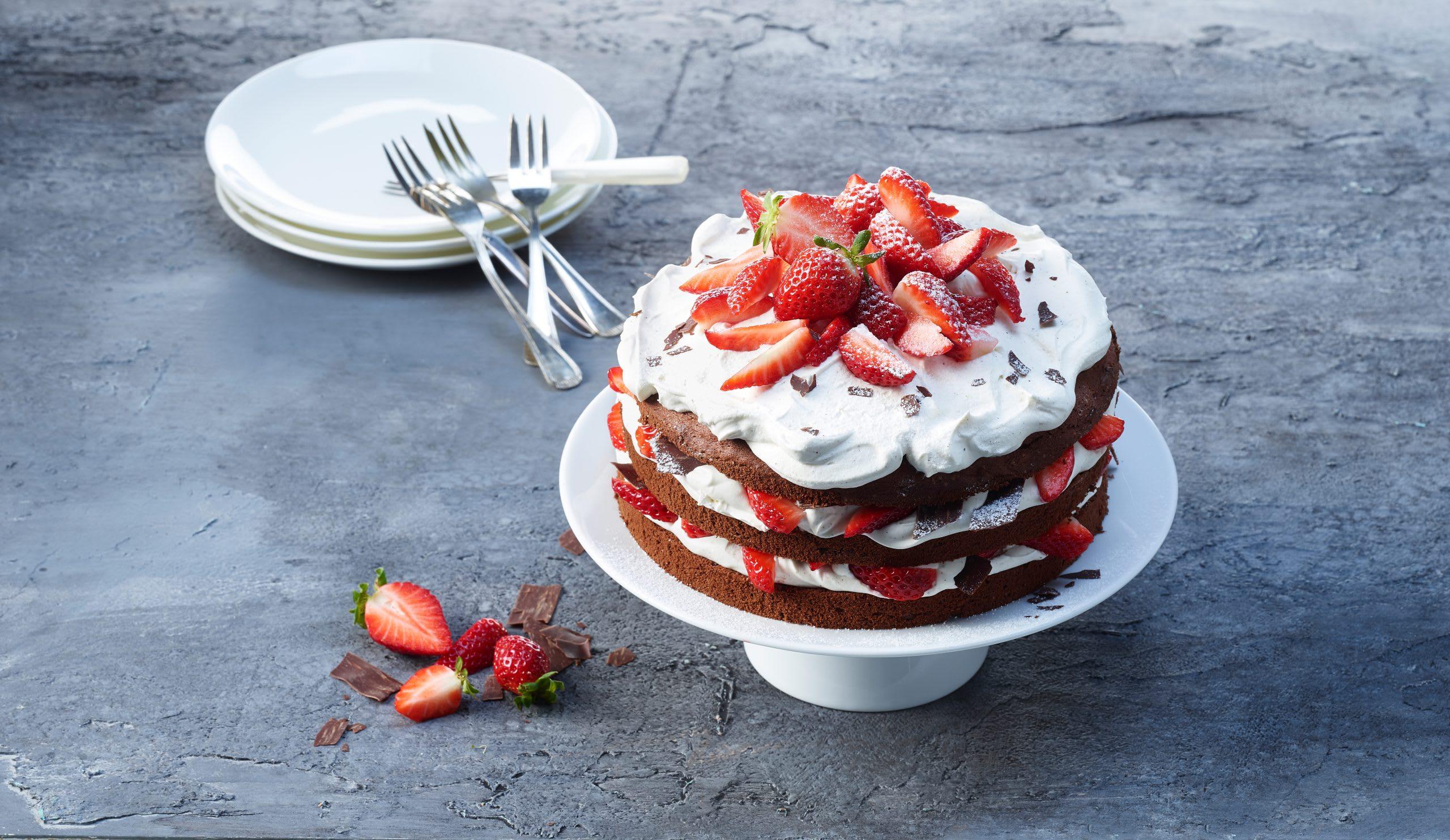 Schwarzwälder-Erdbeertorte (Naked Cake)
