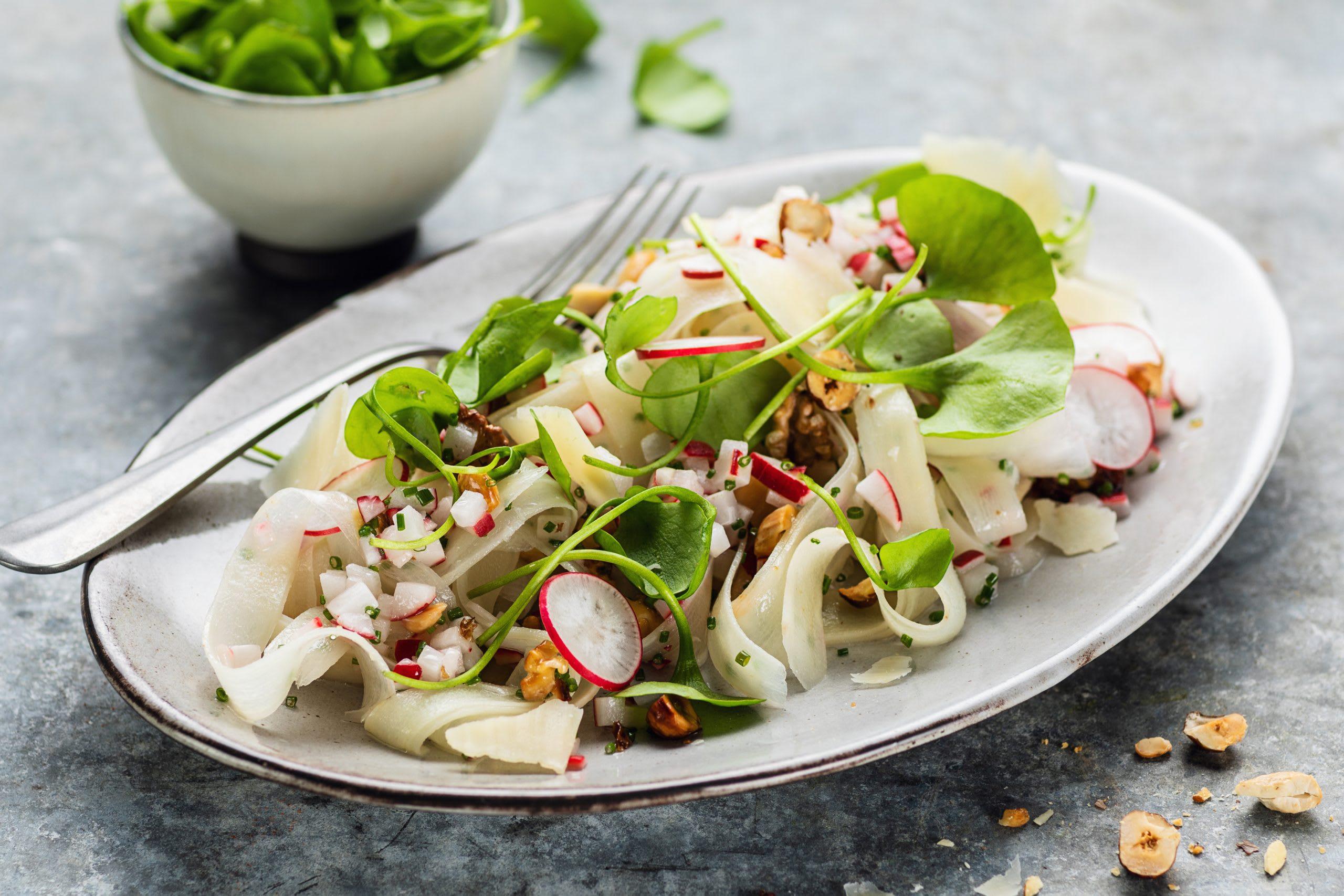 Salade de salsifis et vinaigrette aux radis