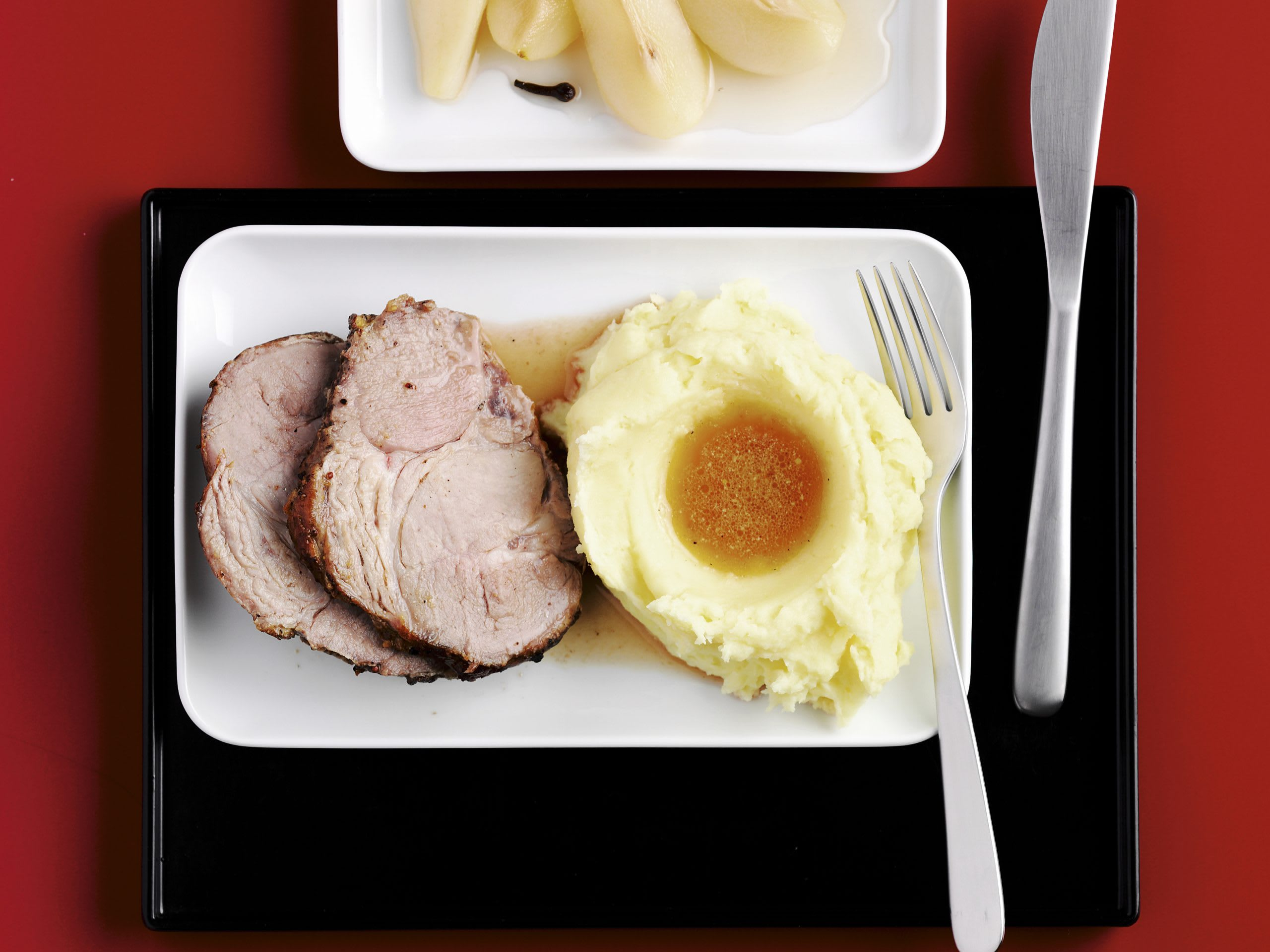 Rôti de porc et poires au vin blanc