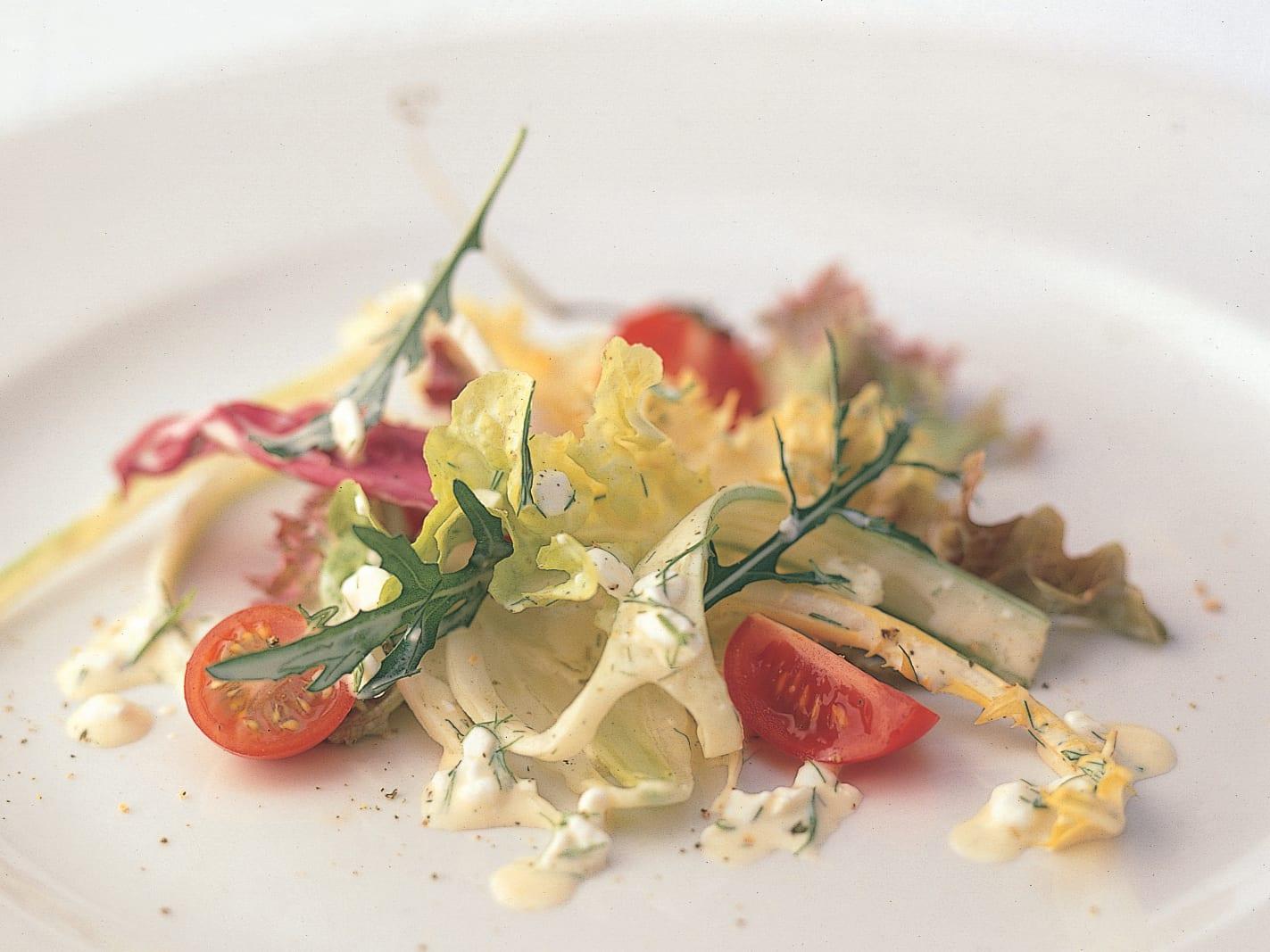 Salade estivale au fromage frais granulé