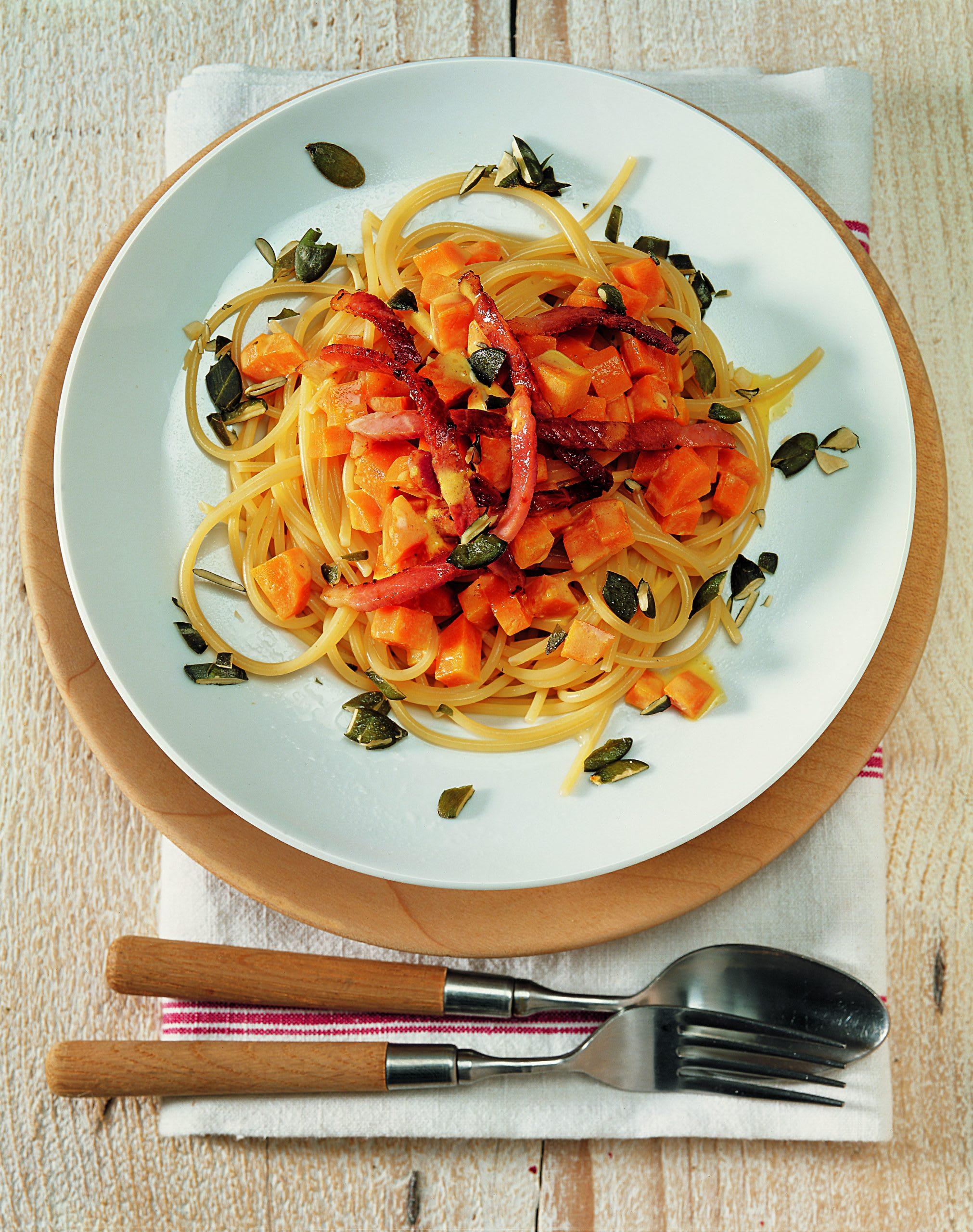 Spaghettis à la courge et au jambon
