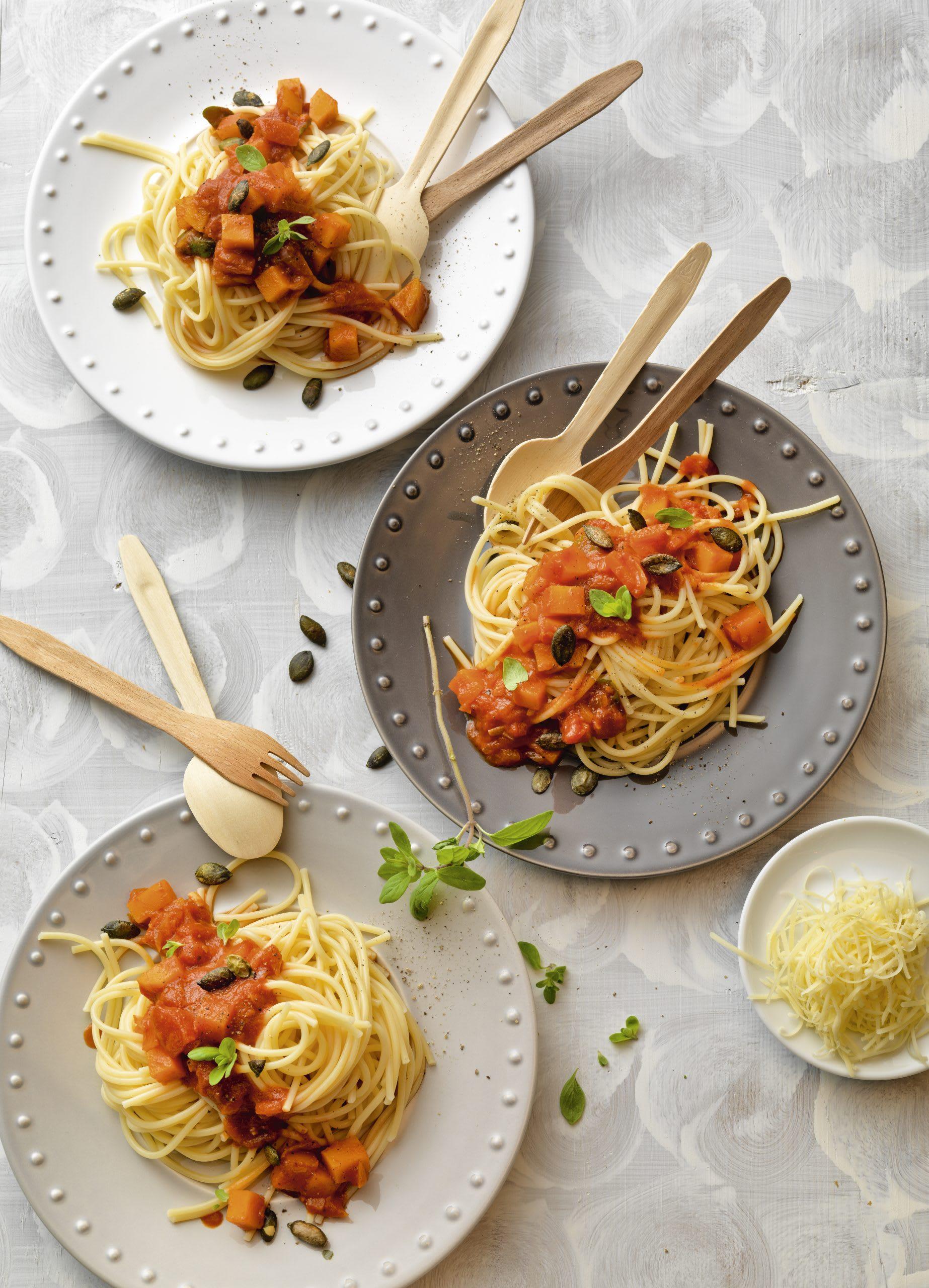 Spaghetti mit Tomaten-Kürbis-Sugo